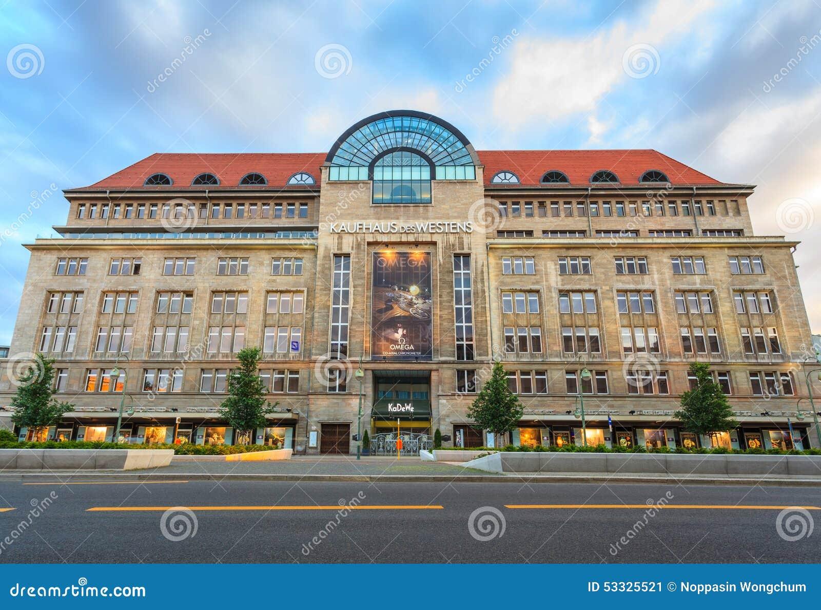des westens de kaufhaus ou magasin de kadewe berlin allemagne photo ditorial image 53325521. Black Bedroom Furniture Sets. Home Design Ideas