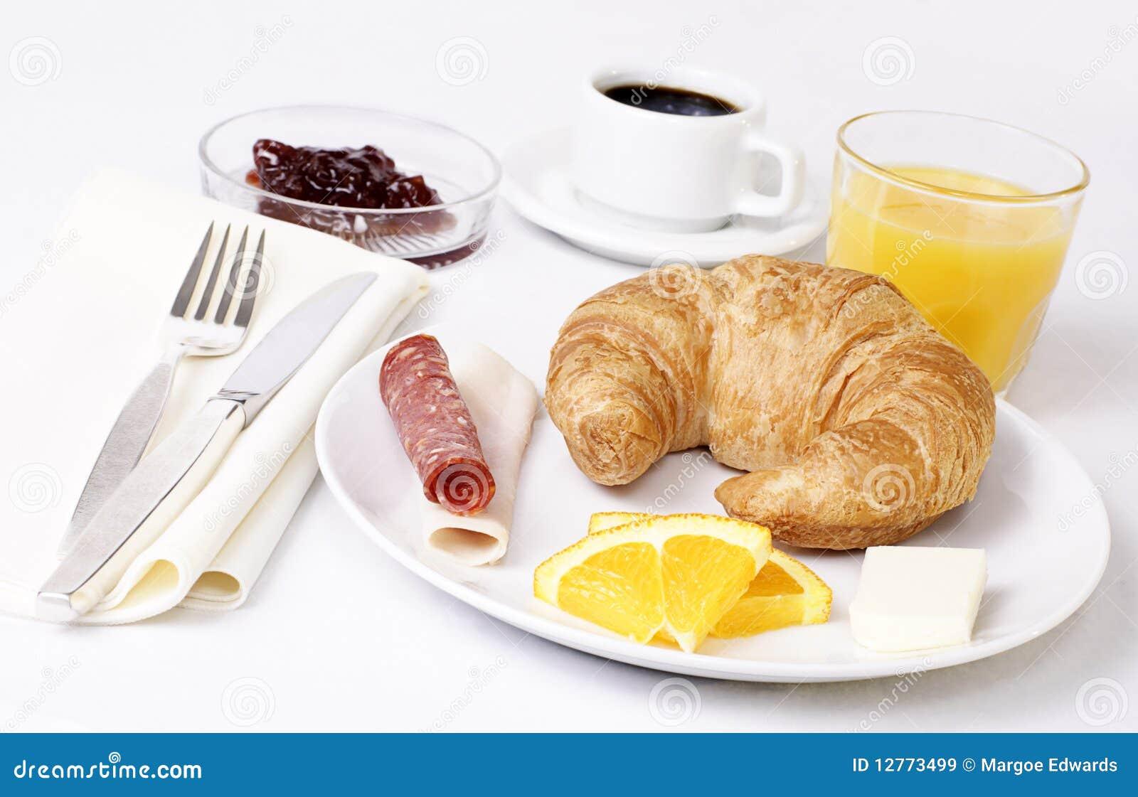 Desayuno Continental En Un Hotel