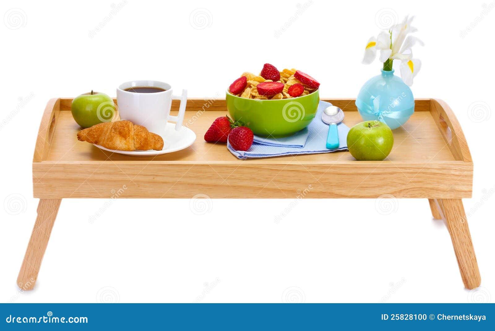 Desayuno ligero en la bandeja de madera foto de archivo - Bandeja desayuno cama ...