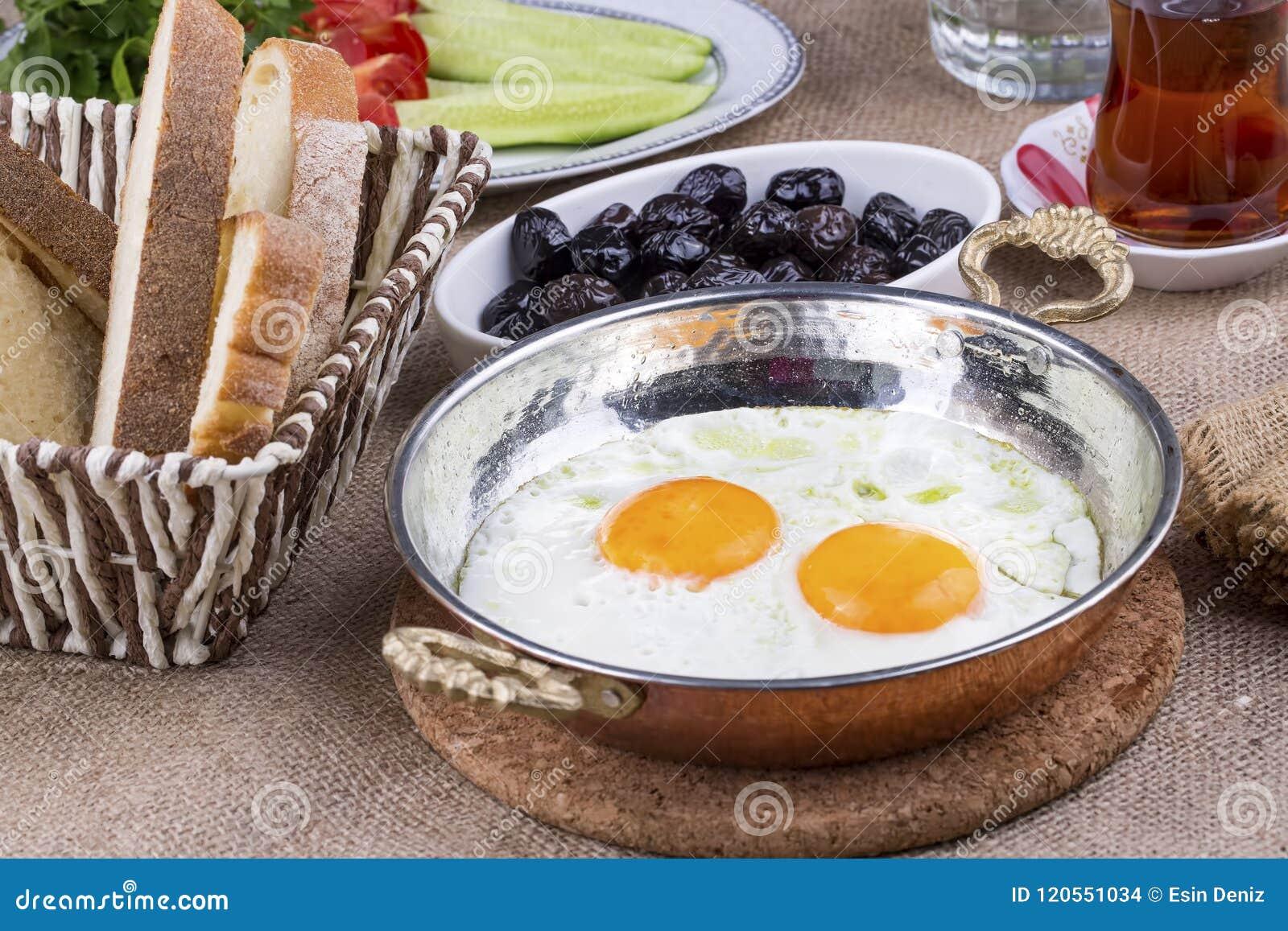 Desayuno turco rico y delicioso tradicional
