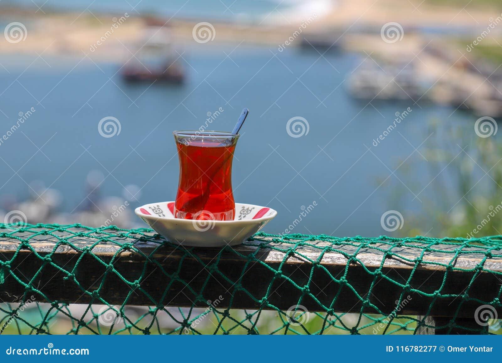 Desayuno turco tradicional y té turco