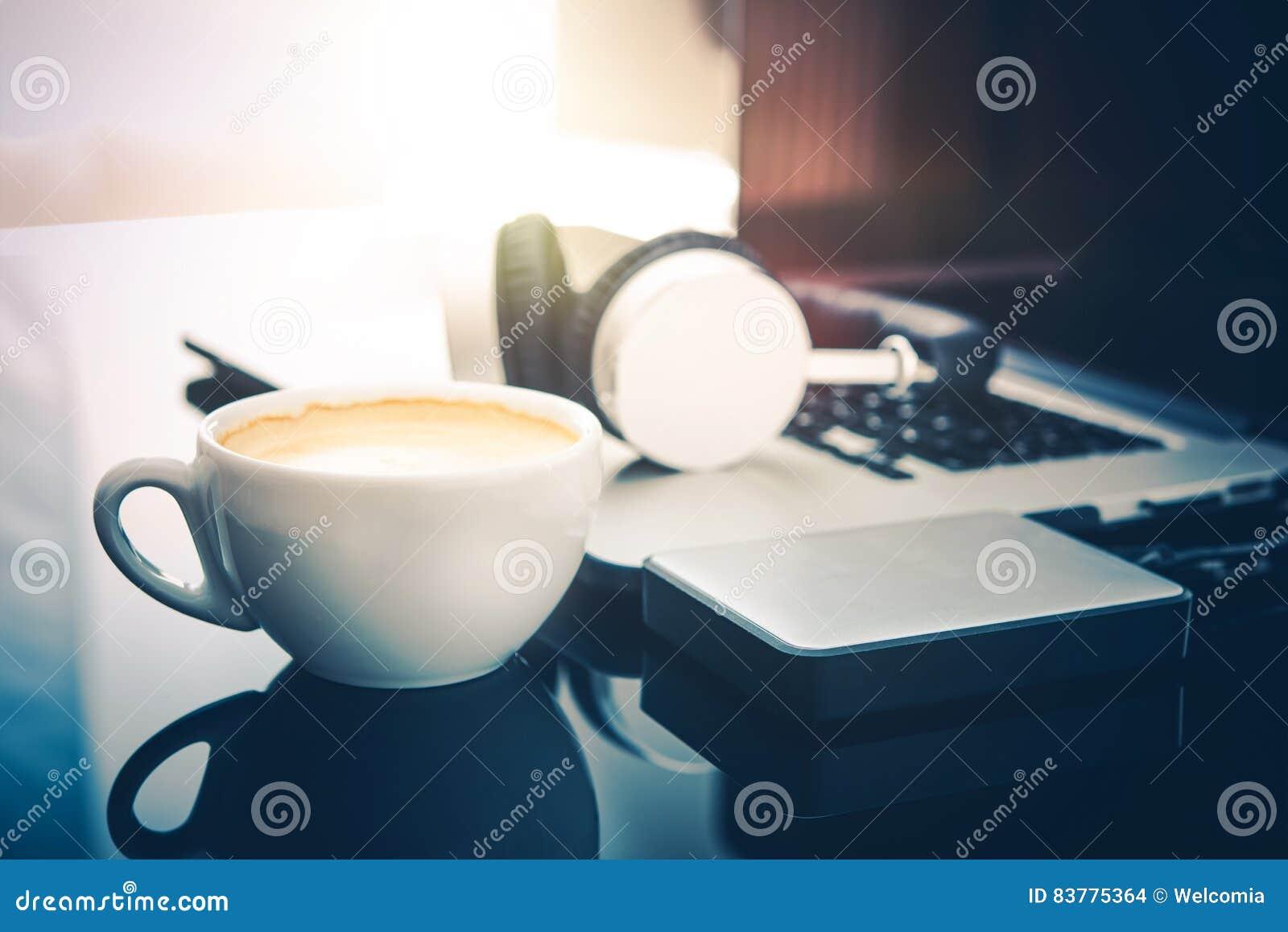 Descanso para tomar café del Freelancer