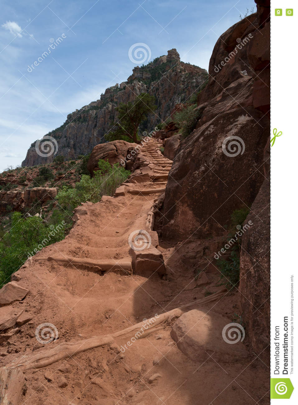 Descending the Kaibab trail