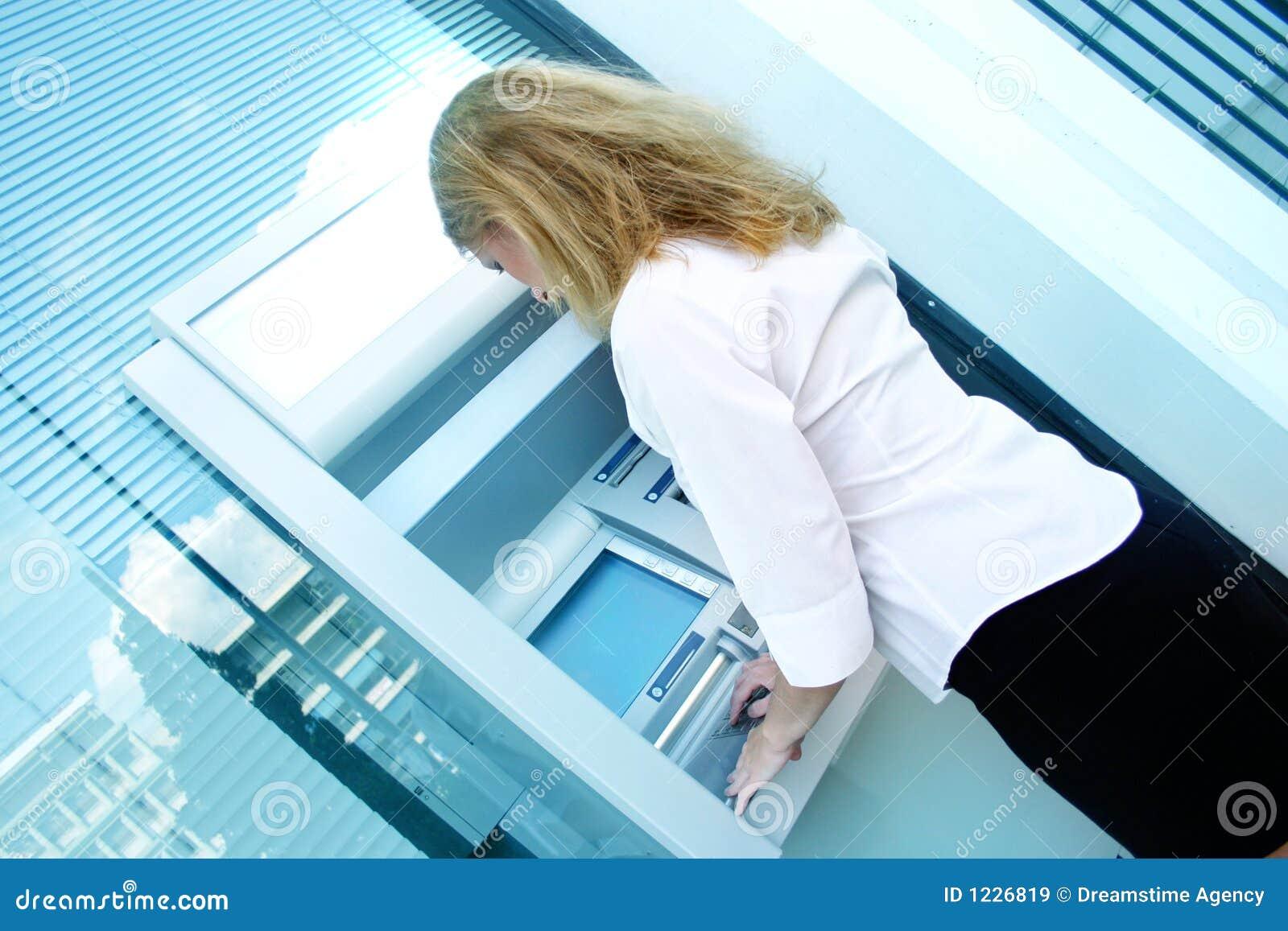 Descontando o empregado