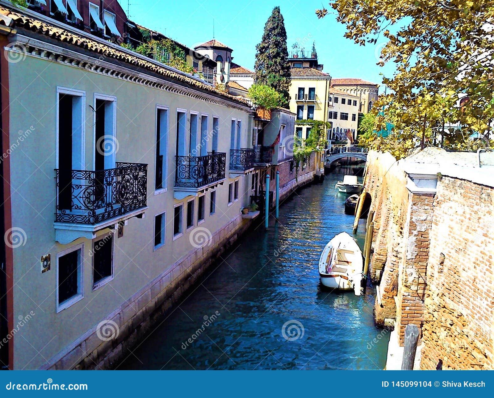Descubra la ciudad de Venecia, Italia Fascinación, unicidad y magia