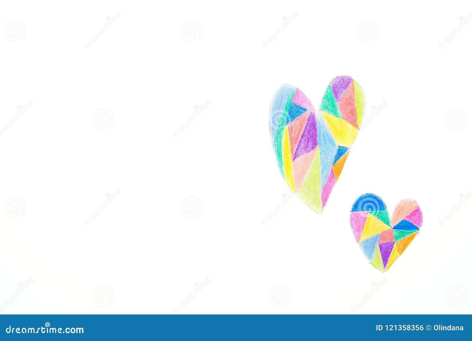 Desenho da mão no estilo das crianças dos corações da garatuja coloridos com os lápis dos pastéis no teste padrão do caleidoscópi