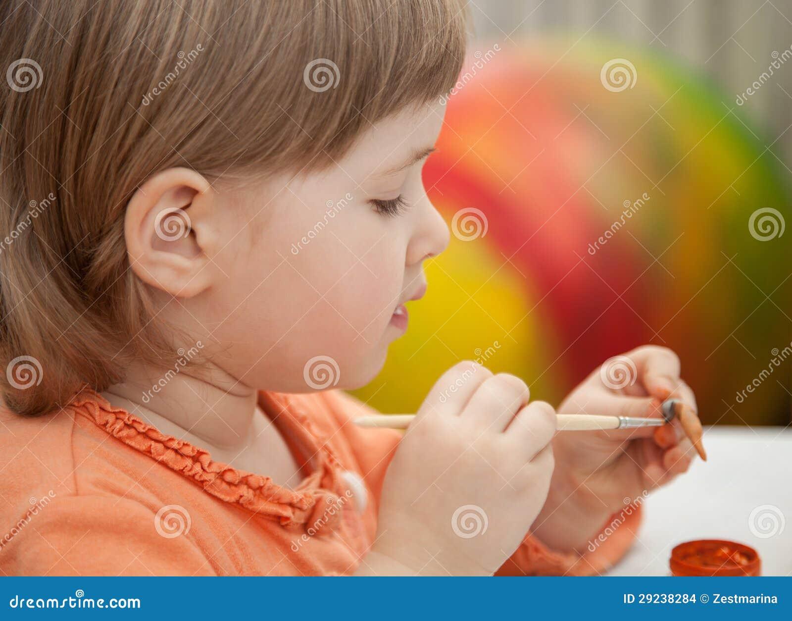 Download Desenho da menina foto de stock. Imagem de escova, argila - 29238284