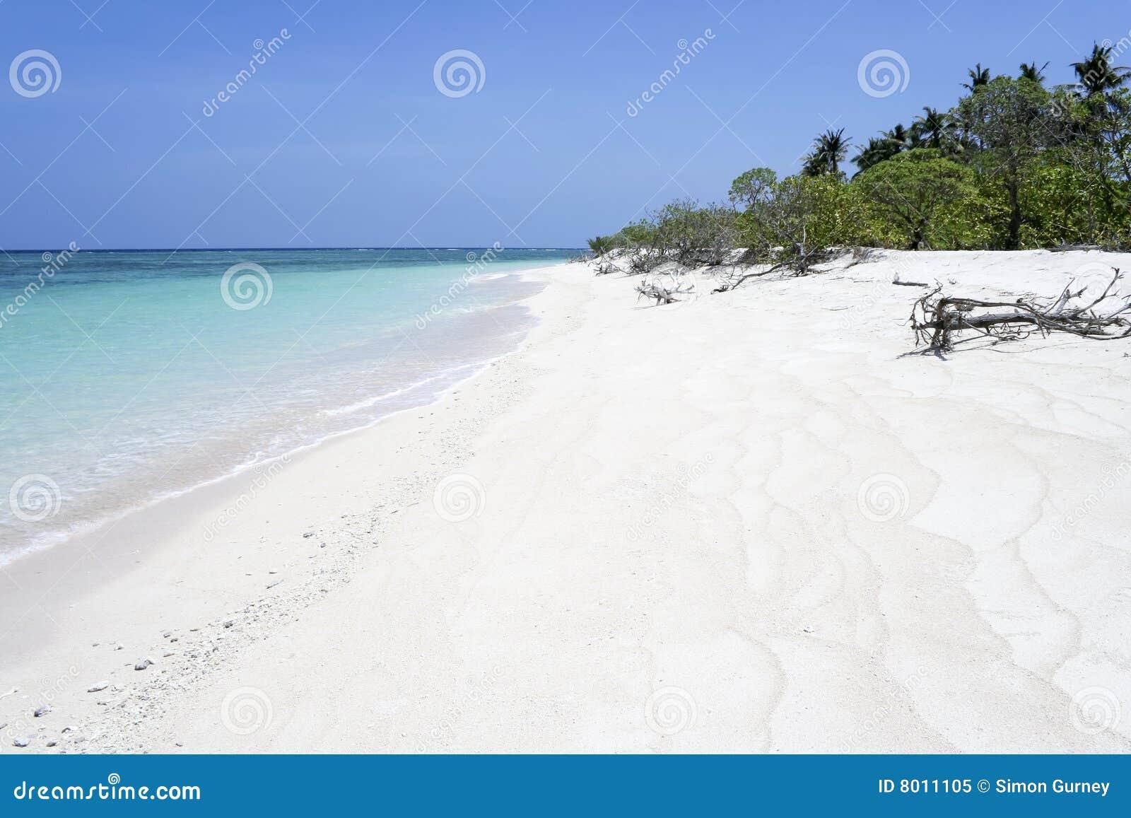 Desert Island White Sa...