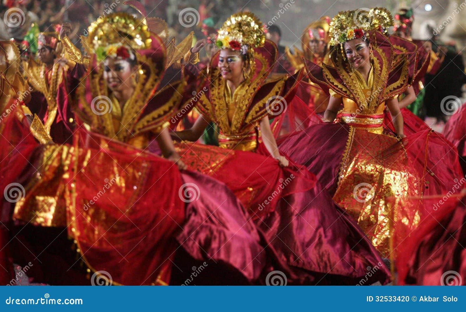 Desfile Chingay De Singapur Imagen Editorial Imagen De Danza Arte