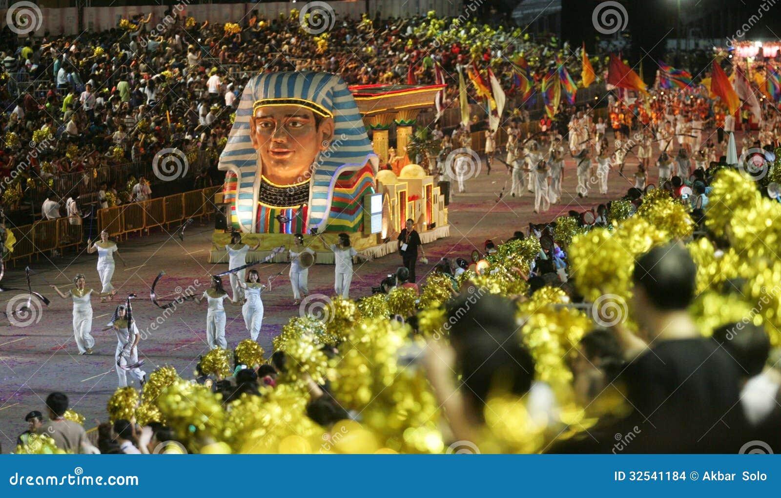 Desfile Chingay De Singapur Imagen De Archivo Editorial Imagen De