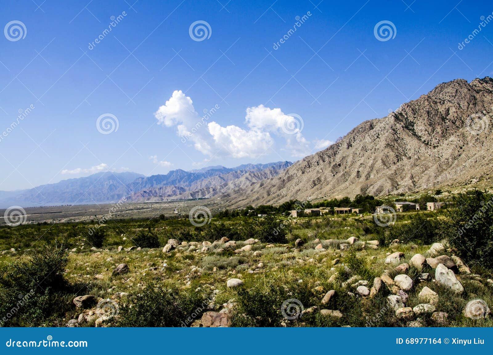 Desierto de Gobi y montañas de Helan