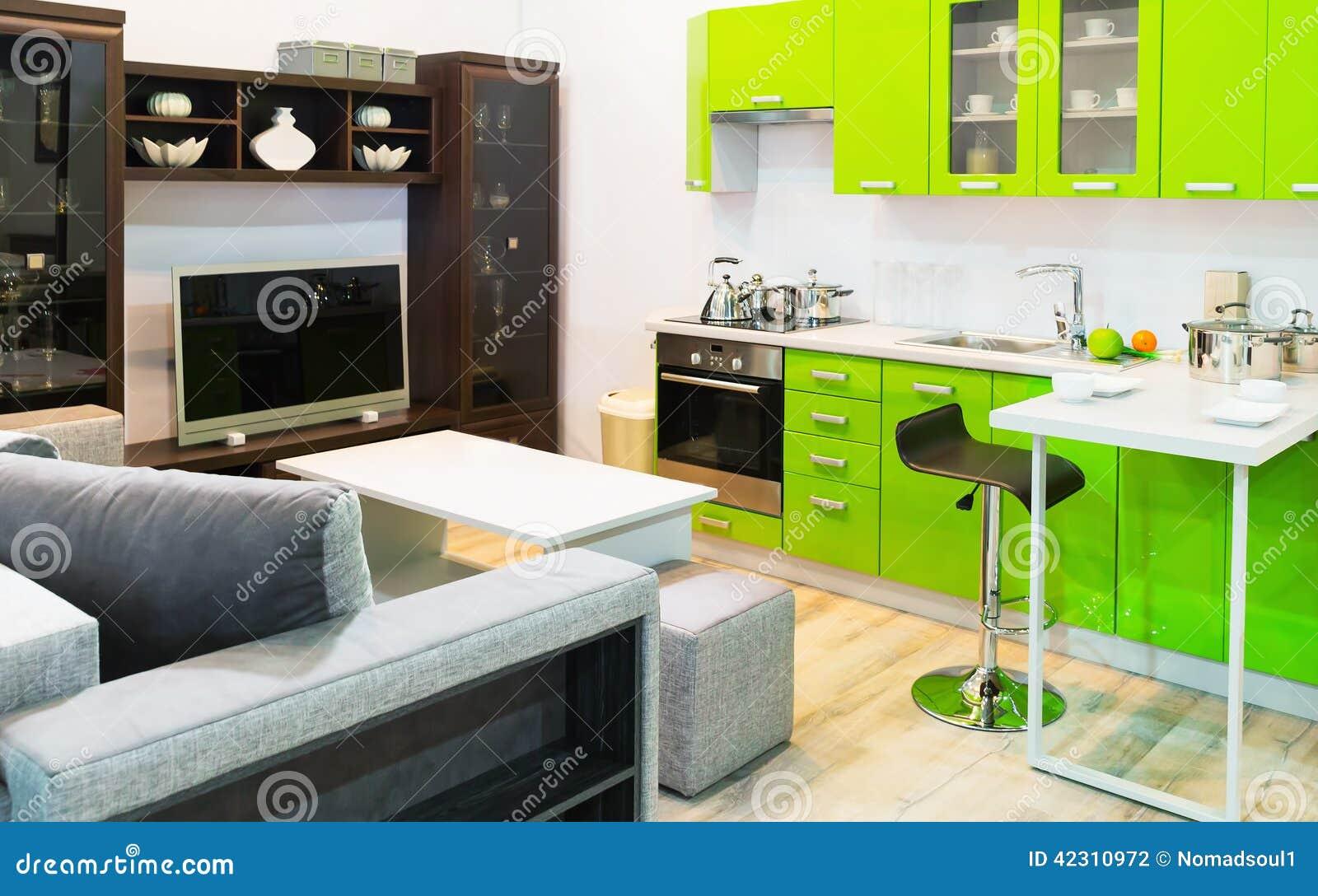 Design De Interiores Limpo Verde Da Cozinha E Da Sala Foto de Stock  #9EC308 1300 901