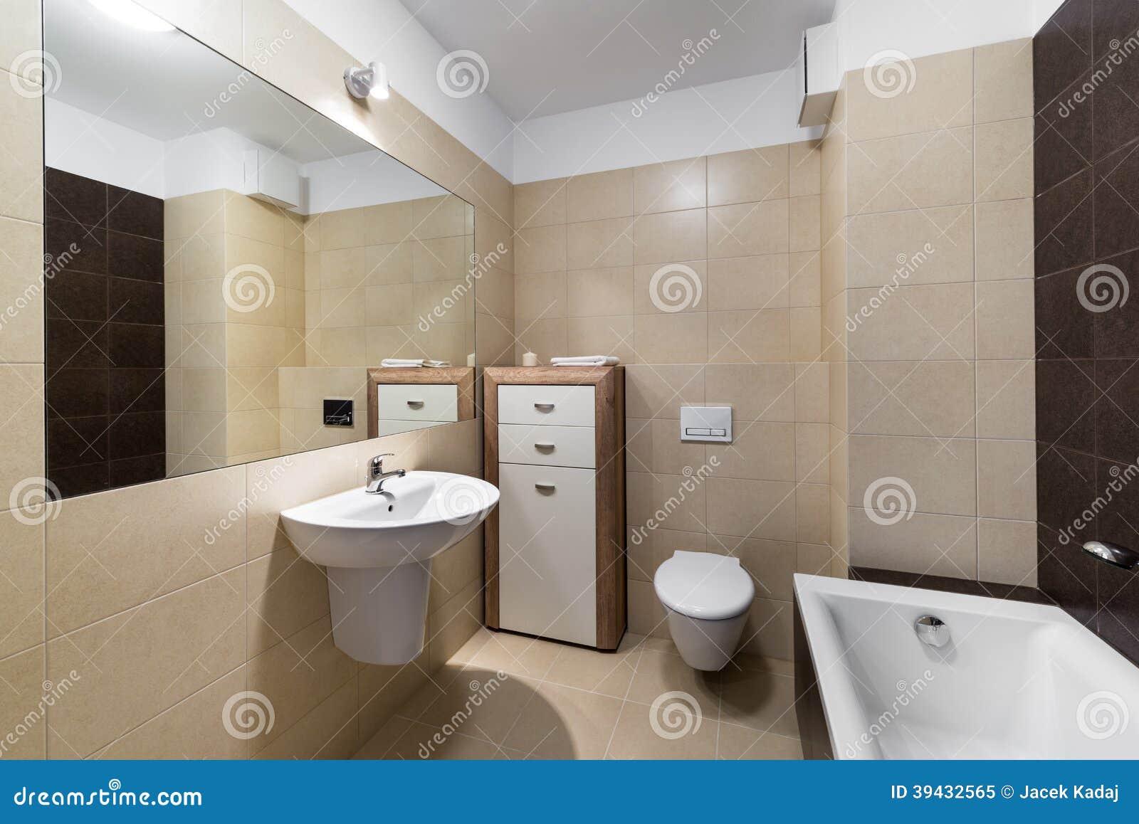Design De Interiores Moderno Do Banheiro Foto de Stock Imagem  #83A328 1300 958