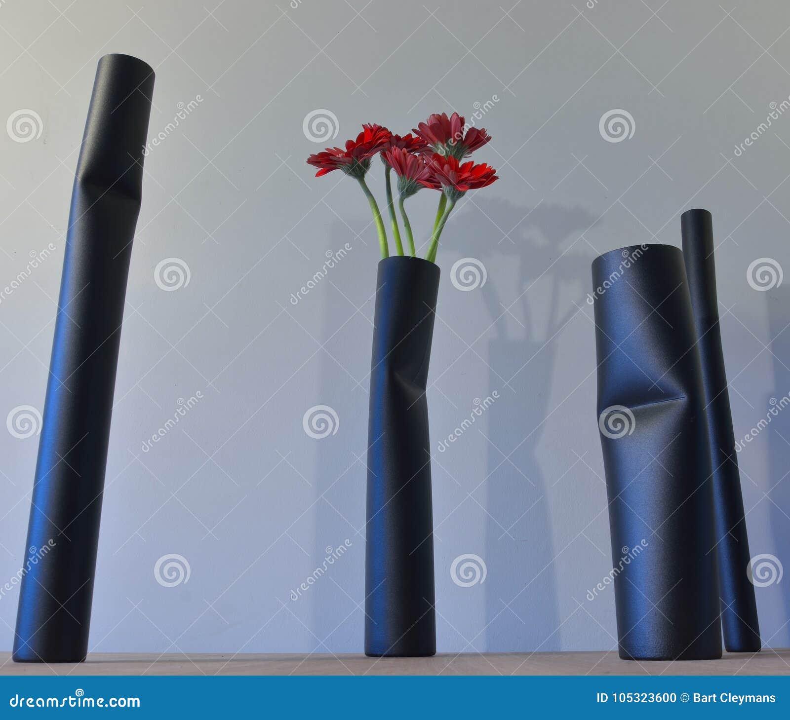 Design Pieces, Beautiful Modern Flower Vase.