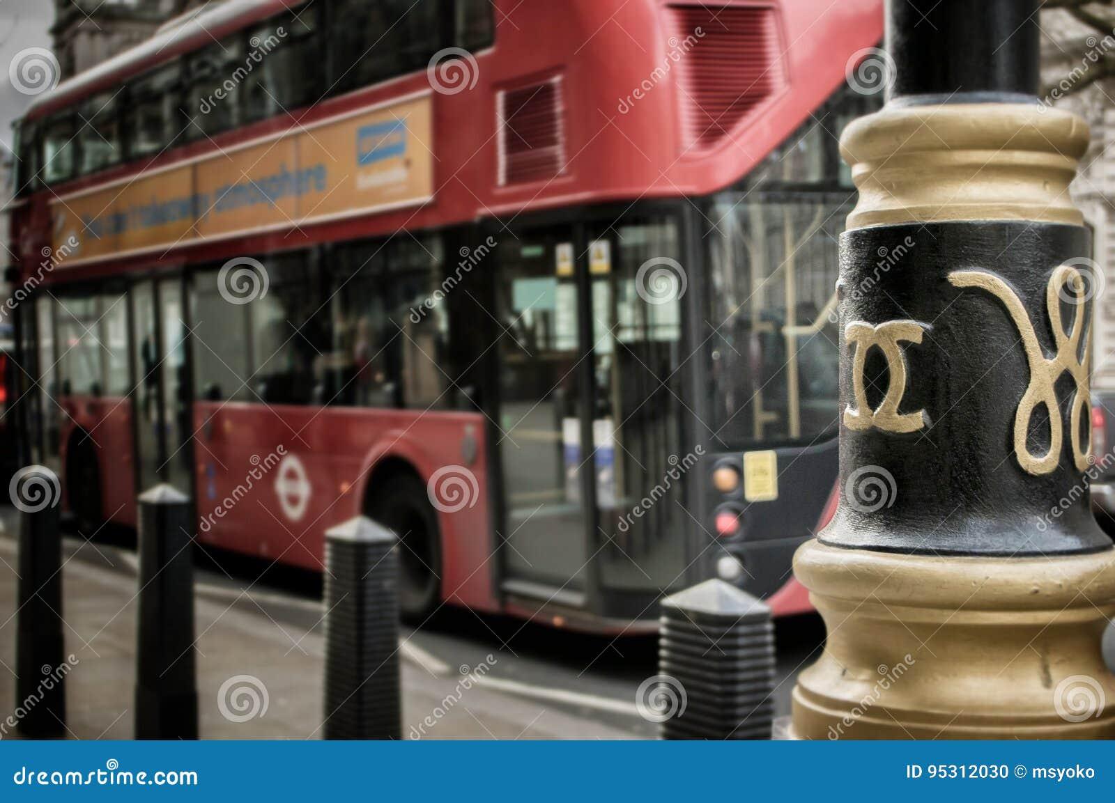 London bus, chanel lamps