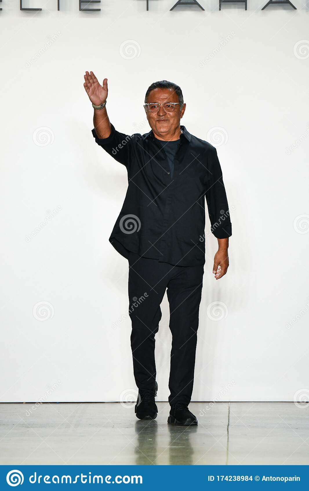 Designer Elie Tahari Greets The Audience After Presenting His Collection During New York Fashion Week Editorial Stock Image Image Of Elie Collection 174238984