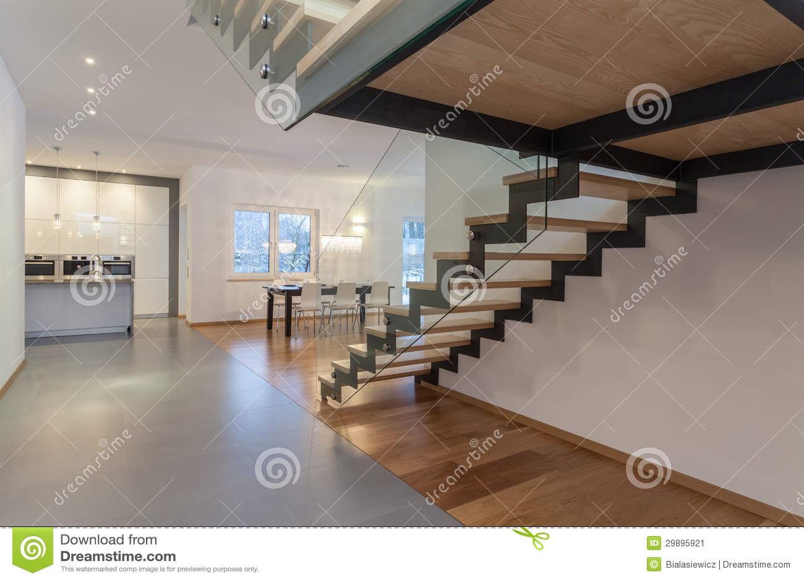 Designerinnenraum Treppenhaus Stockbild Bild Von Banister