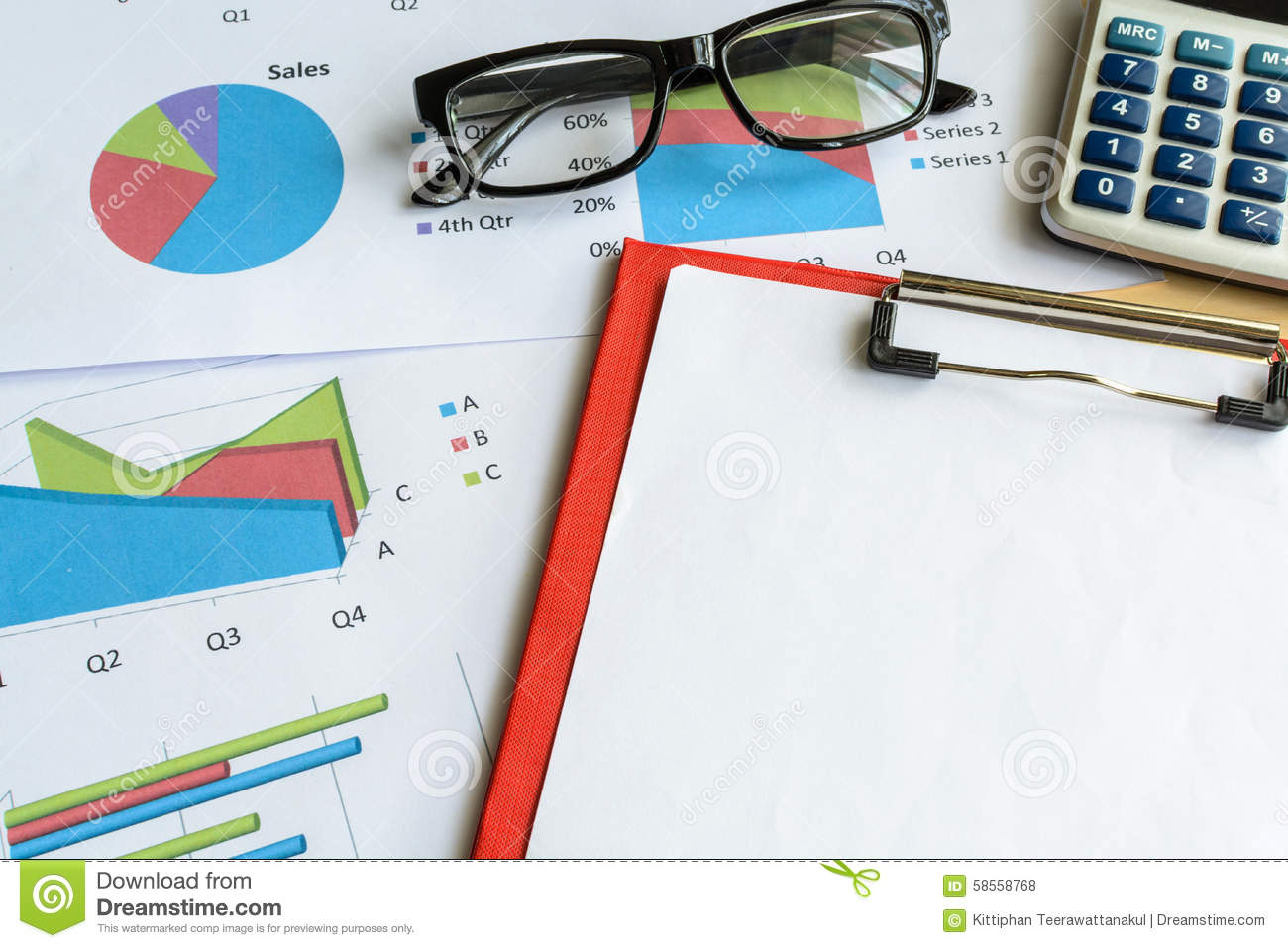 Calculate In The Office Royalty Free Stock Image