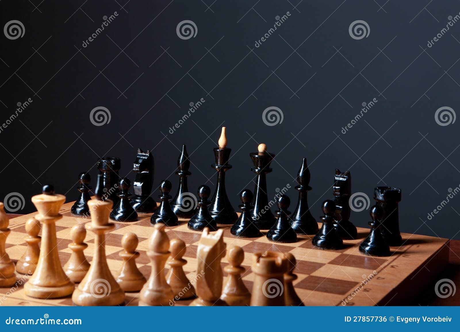 Deskowy szachy zbliżenie