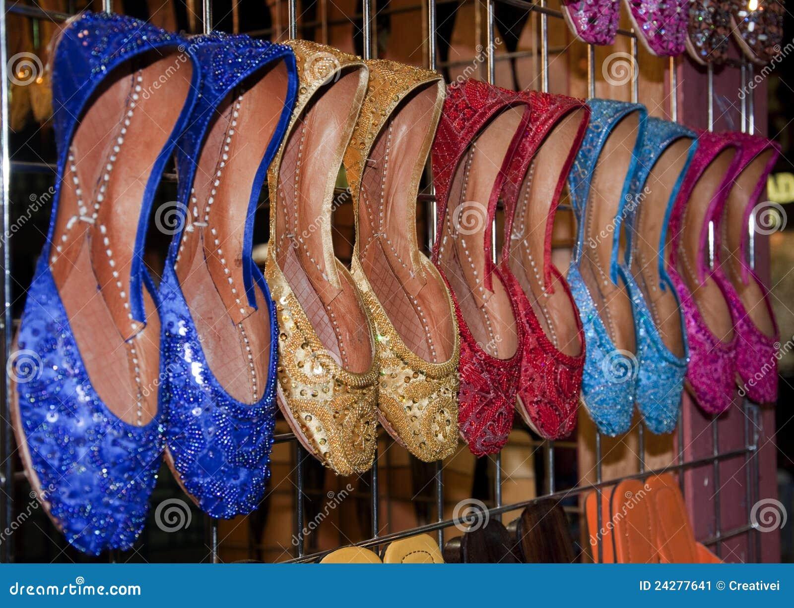 Deslizador de señoras y sandalia