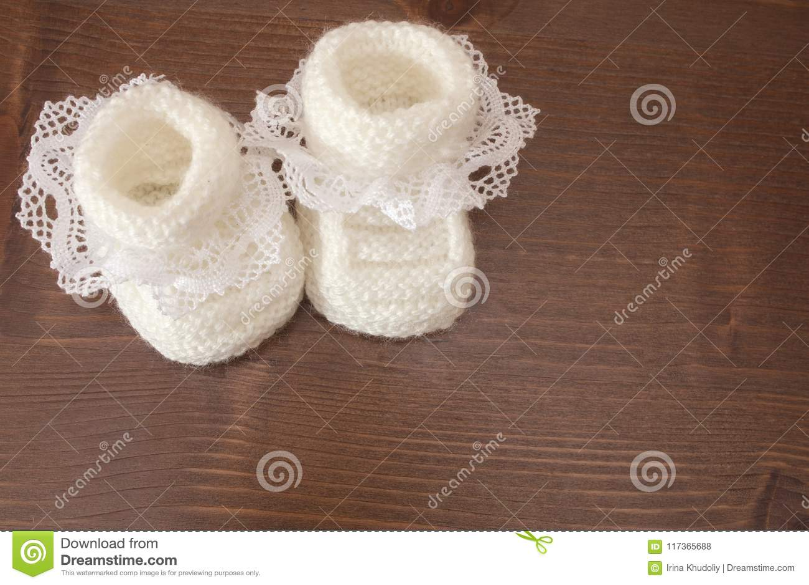 Deslizadores hechos punto del bebé