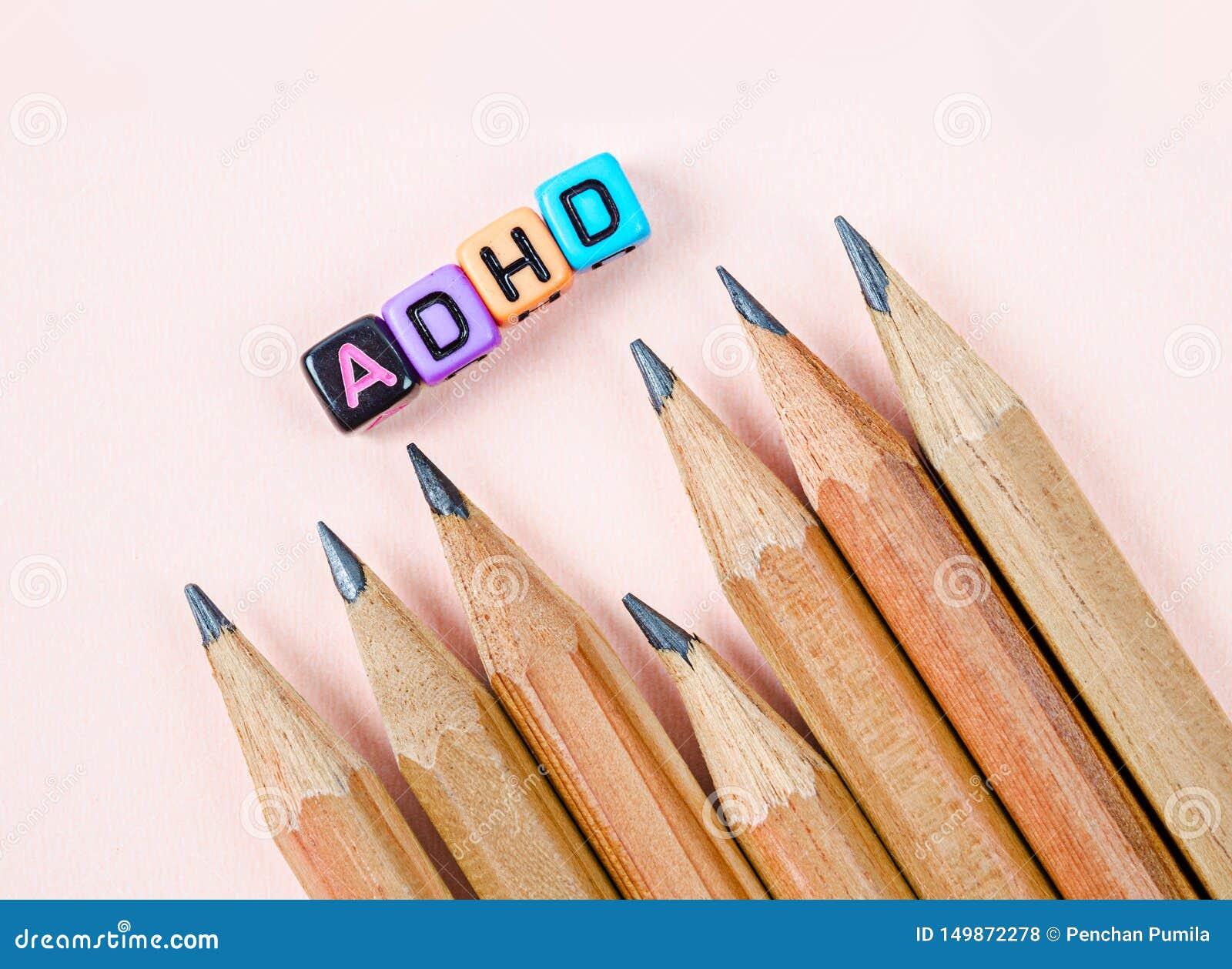 Desordem da hiperatividade do deficit de aten??o ou conceito de ADHD