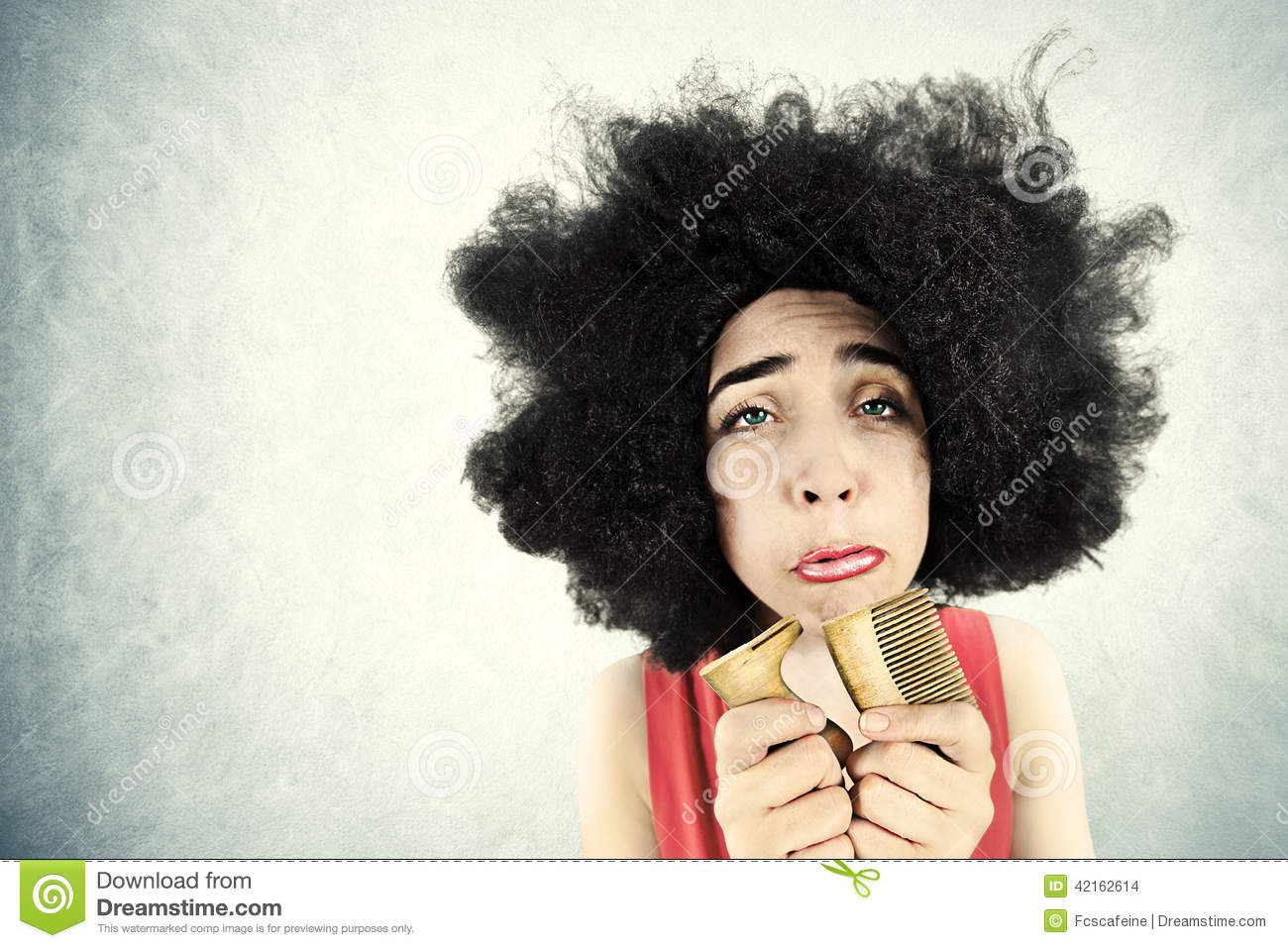 Desperate to use the bathroom - Desperate Woman Can T Comb Her Hair Because She Broke Her Comb Stock Photo