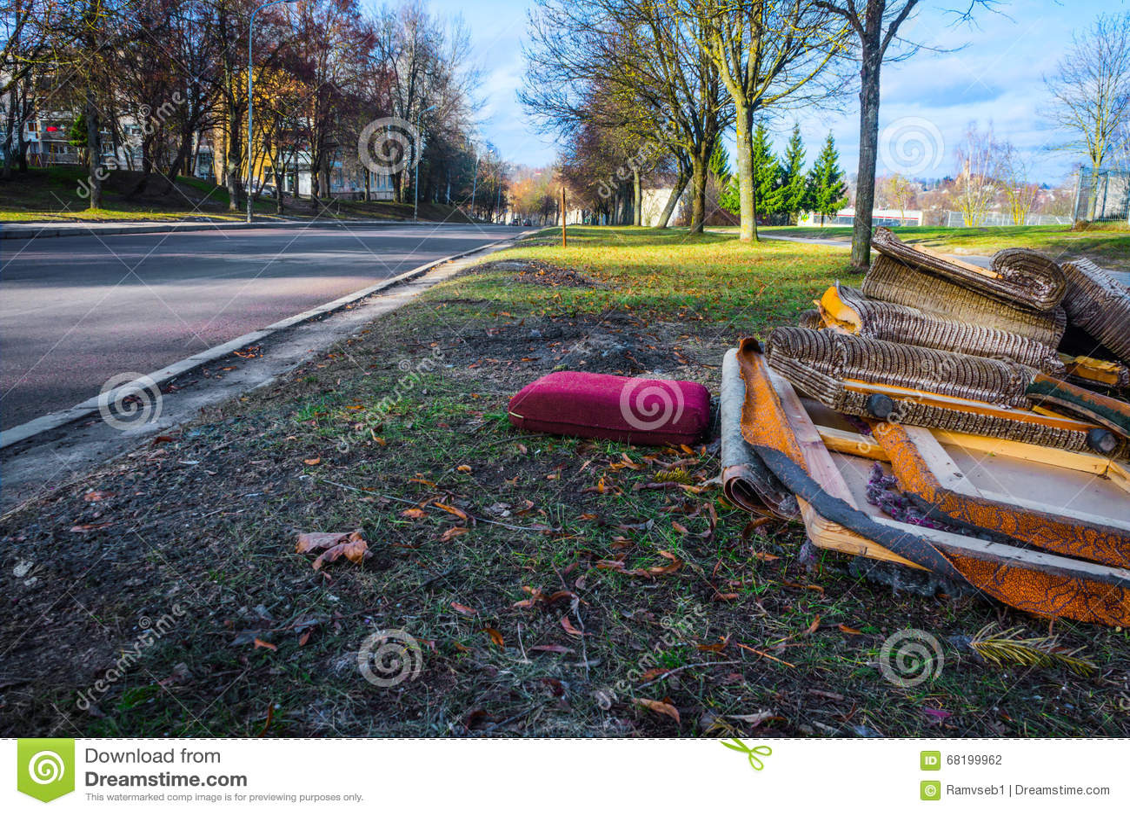 Desperdício volumoso na rua