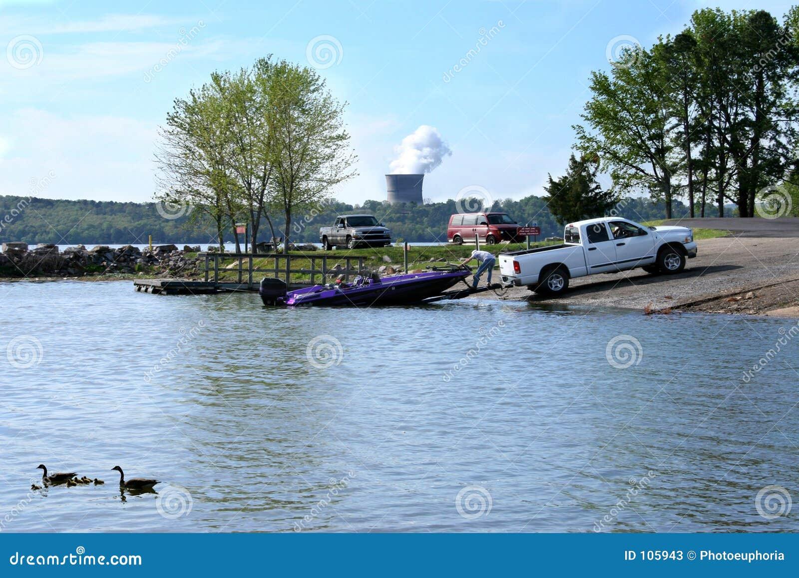 Desporto de barco no parque