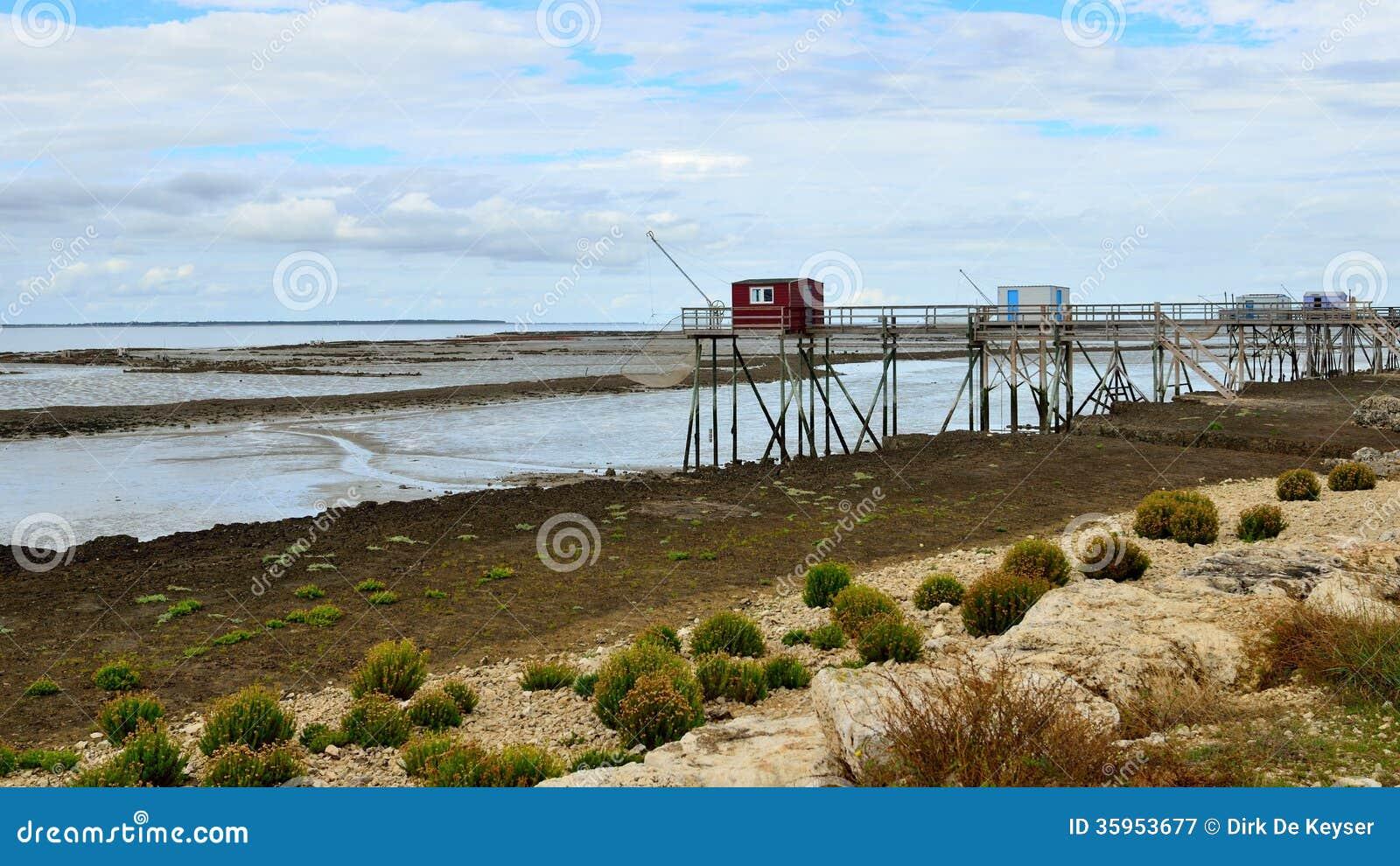Después de la inundación, Carrelets en señora de Ile, Charente-Maritime, Francia