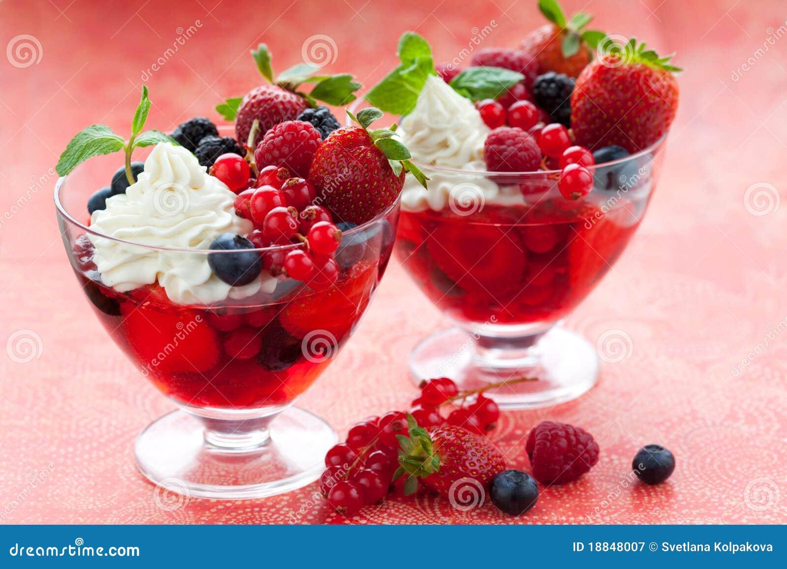 dessert de fruit photographie stock libre de droits image 18848007