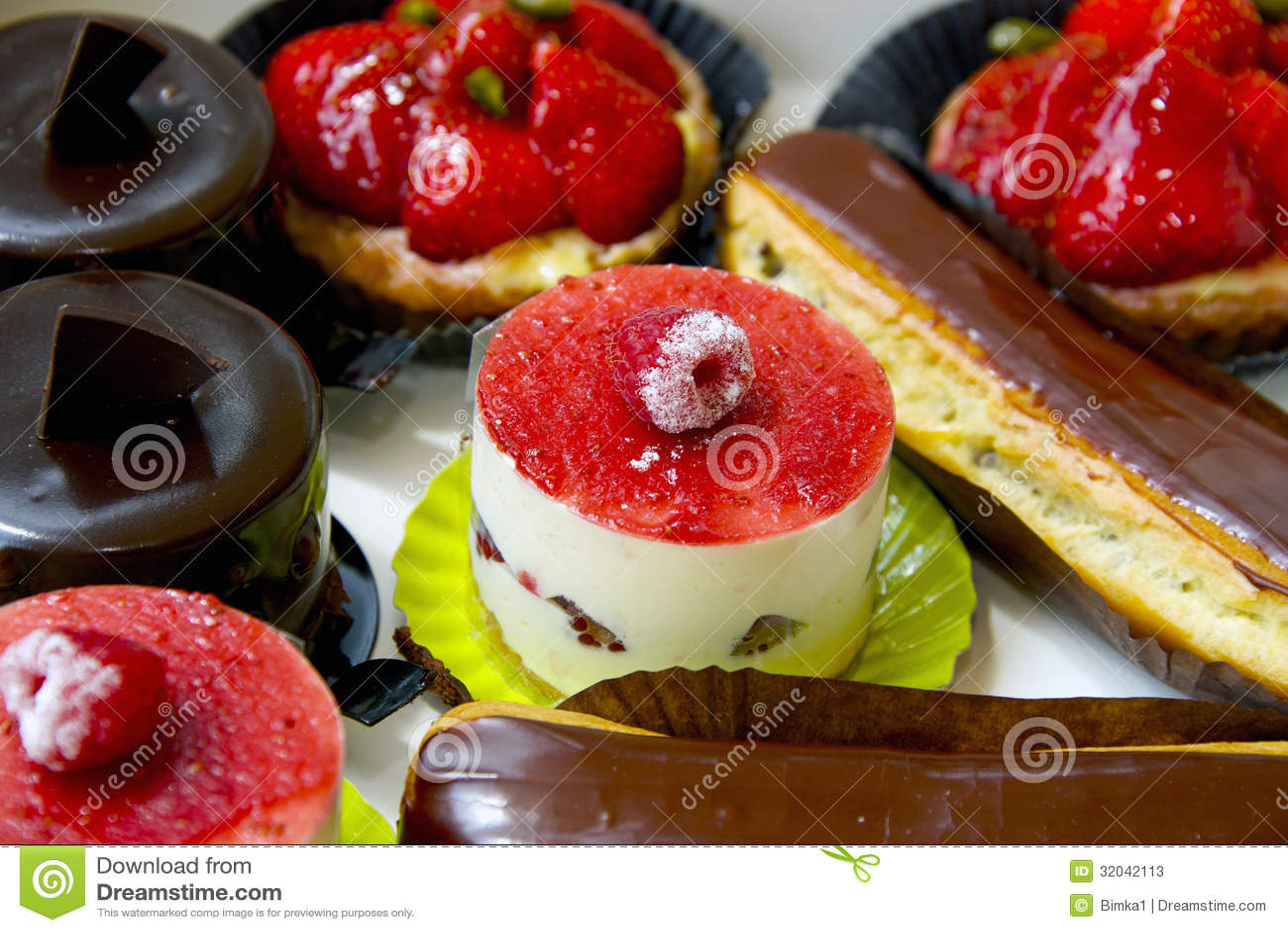 dessert french food stock photos image 32042113. Black Bedroom Furniture Sets. Home Design Ideas