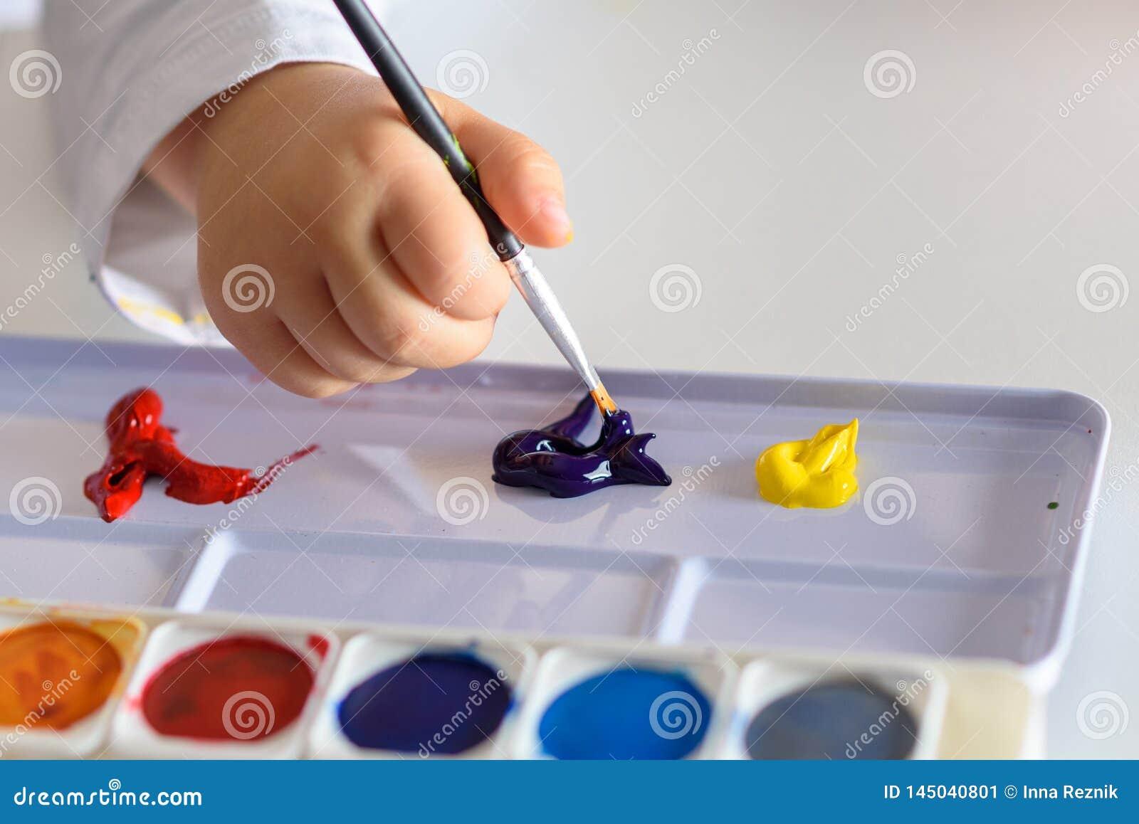Dessin d enfant avec des couleurs colorées