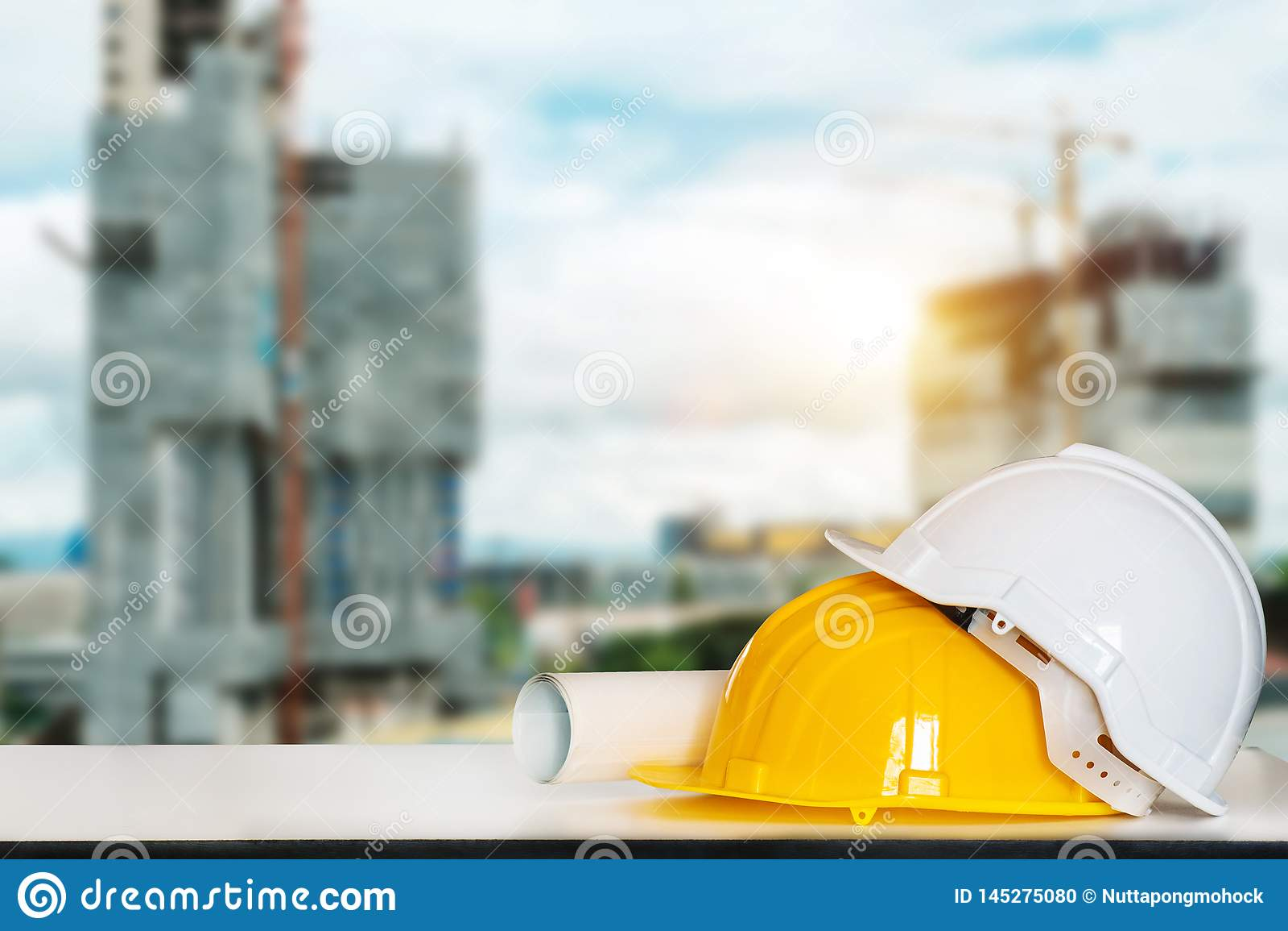 Dessins pour la construction et le casque