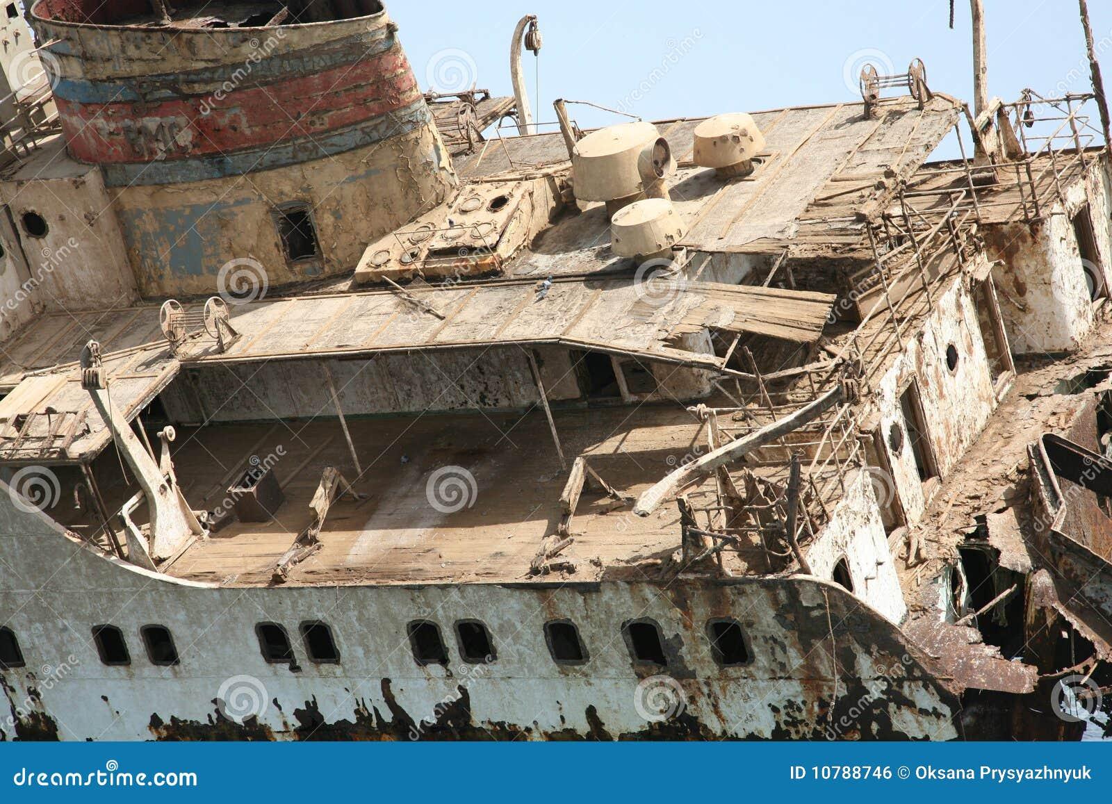 Destruição do navio no Mar Vermelho