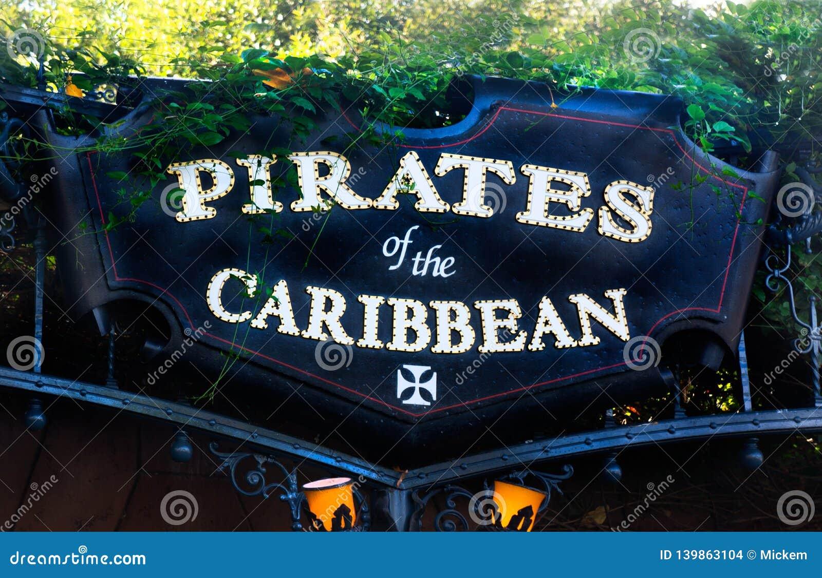 Det Disneyland tecknet piratkopierar av det karibiskt