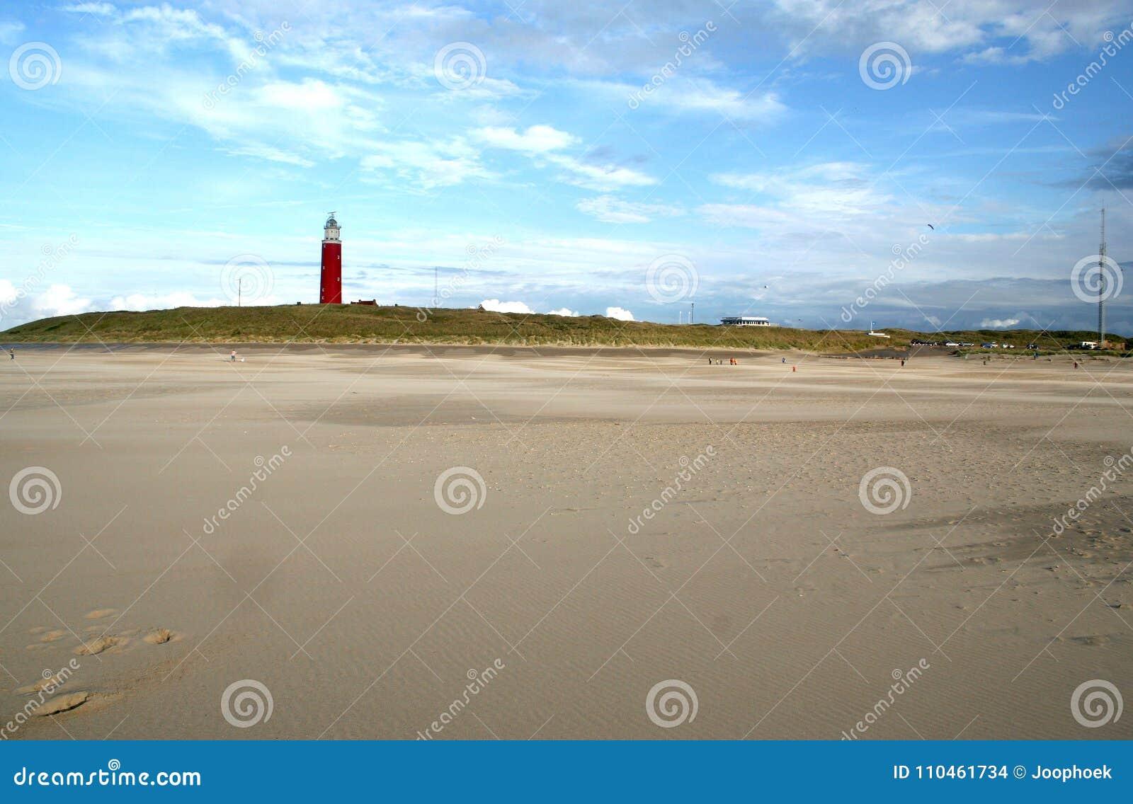 Det ljusa huset på stranden Texel caleds Eierlanden