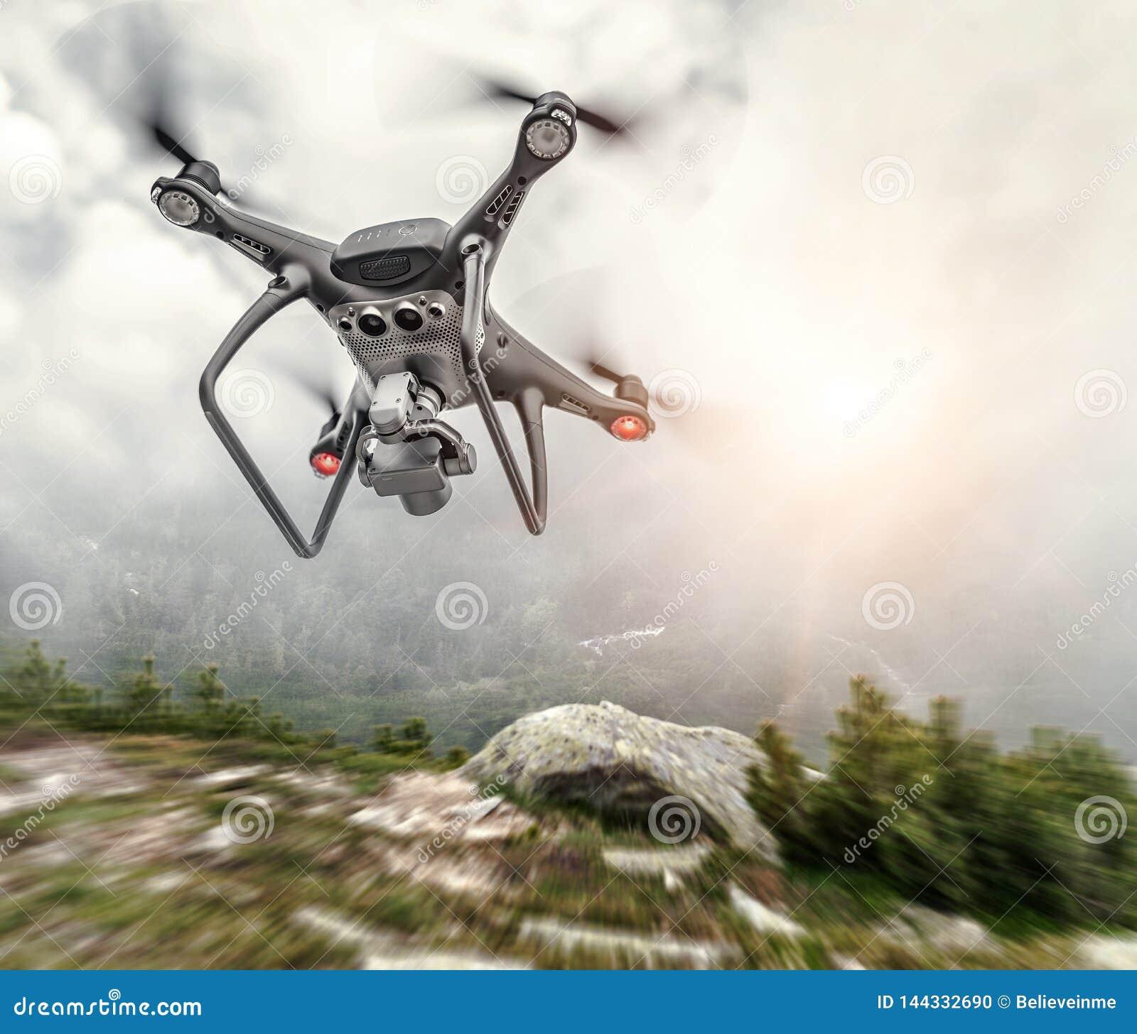 Det moderna surret flyger i bergen