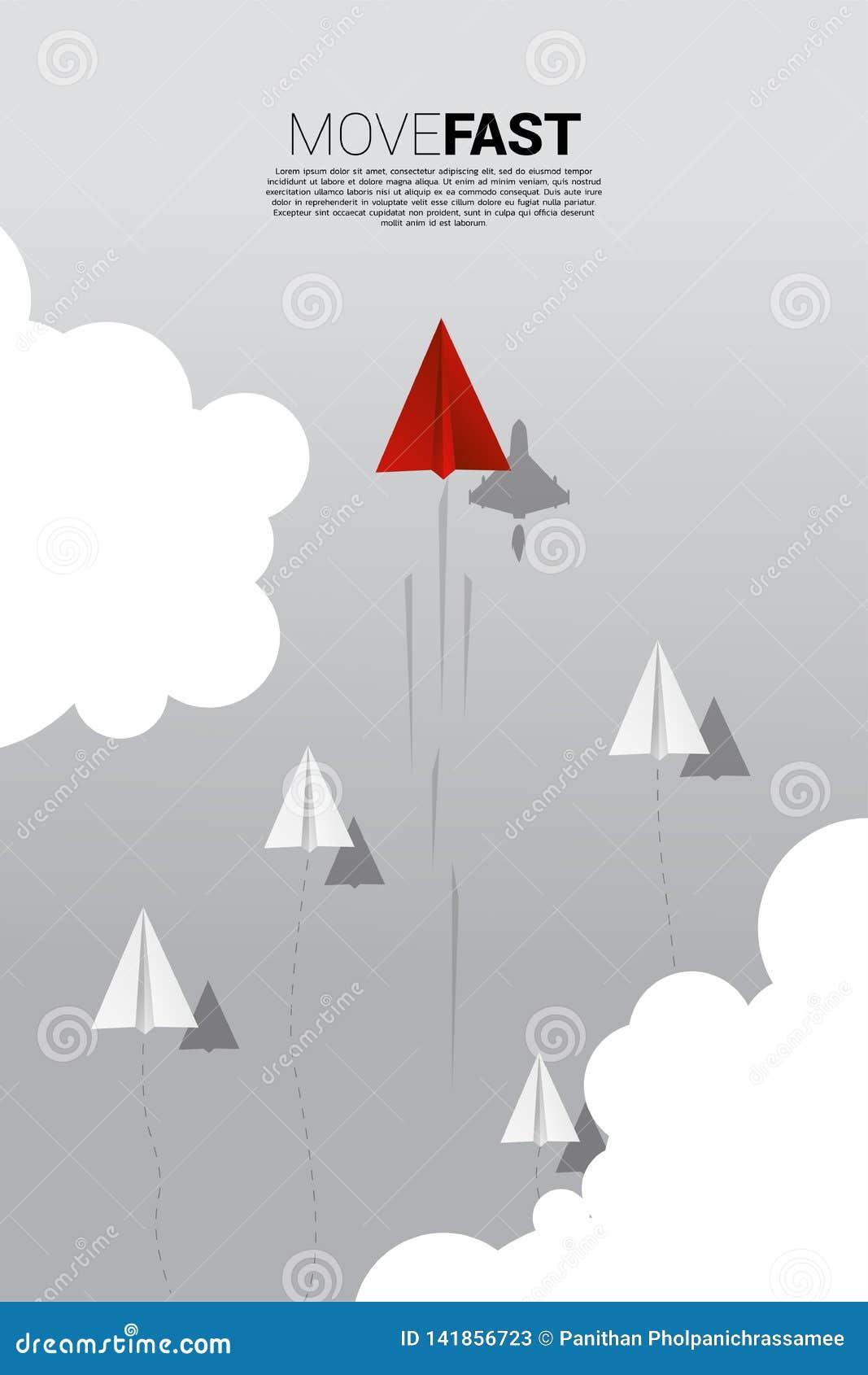 Det röda origamipappersflygplanet med skugga för kämpenivån är flyttningen som är snabbare än gruppen av vit