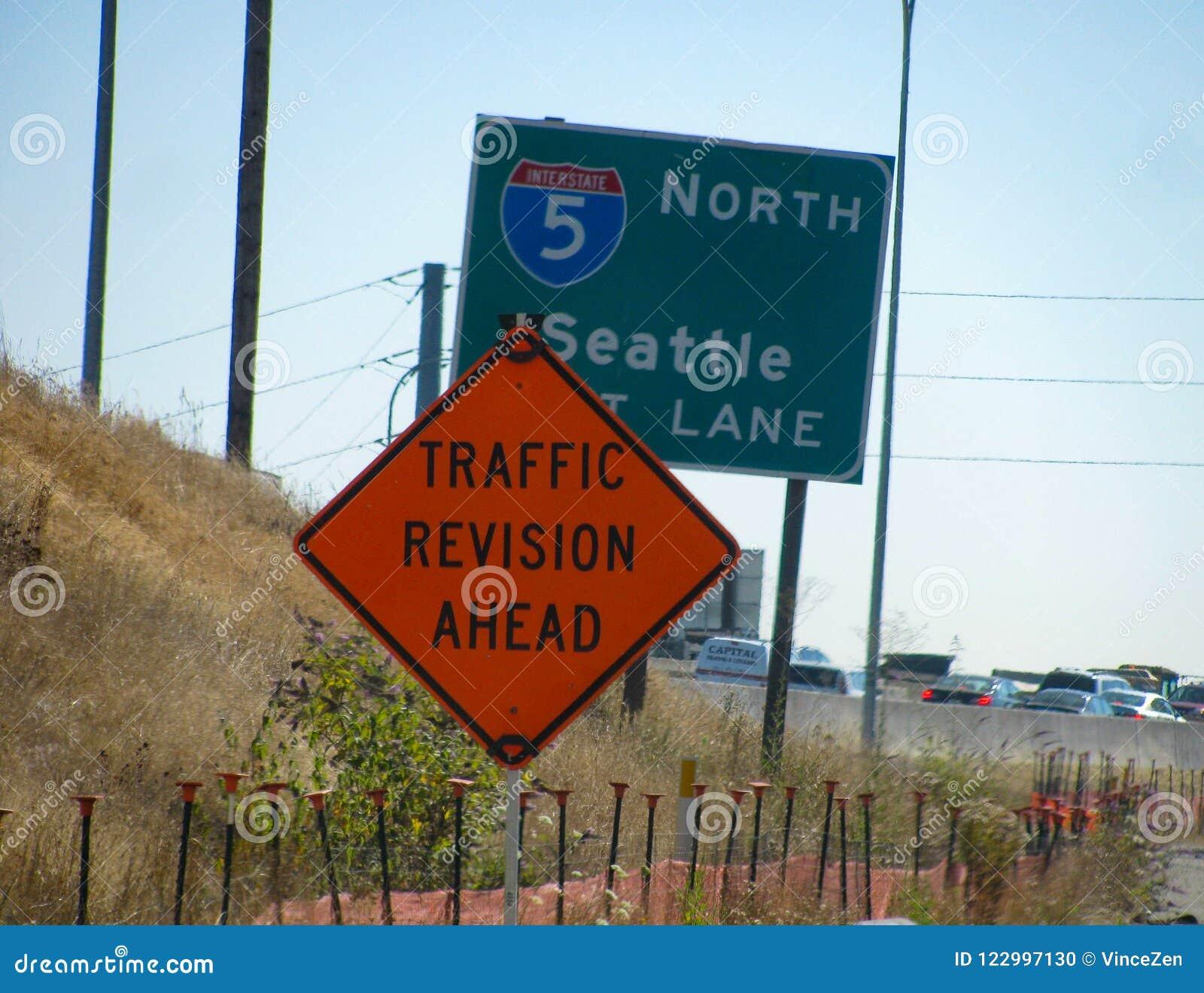 Det roliga vägmärket föreslår kommande lättnad för rusningstidchaufförer