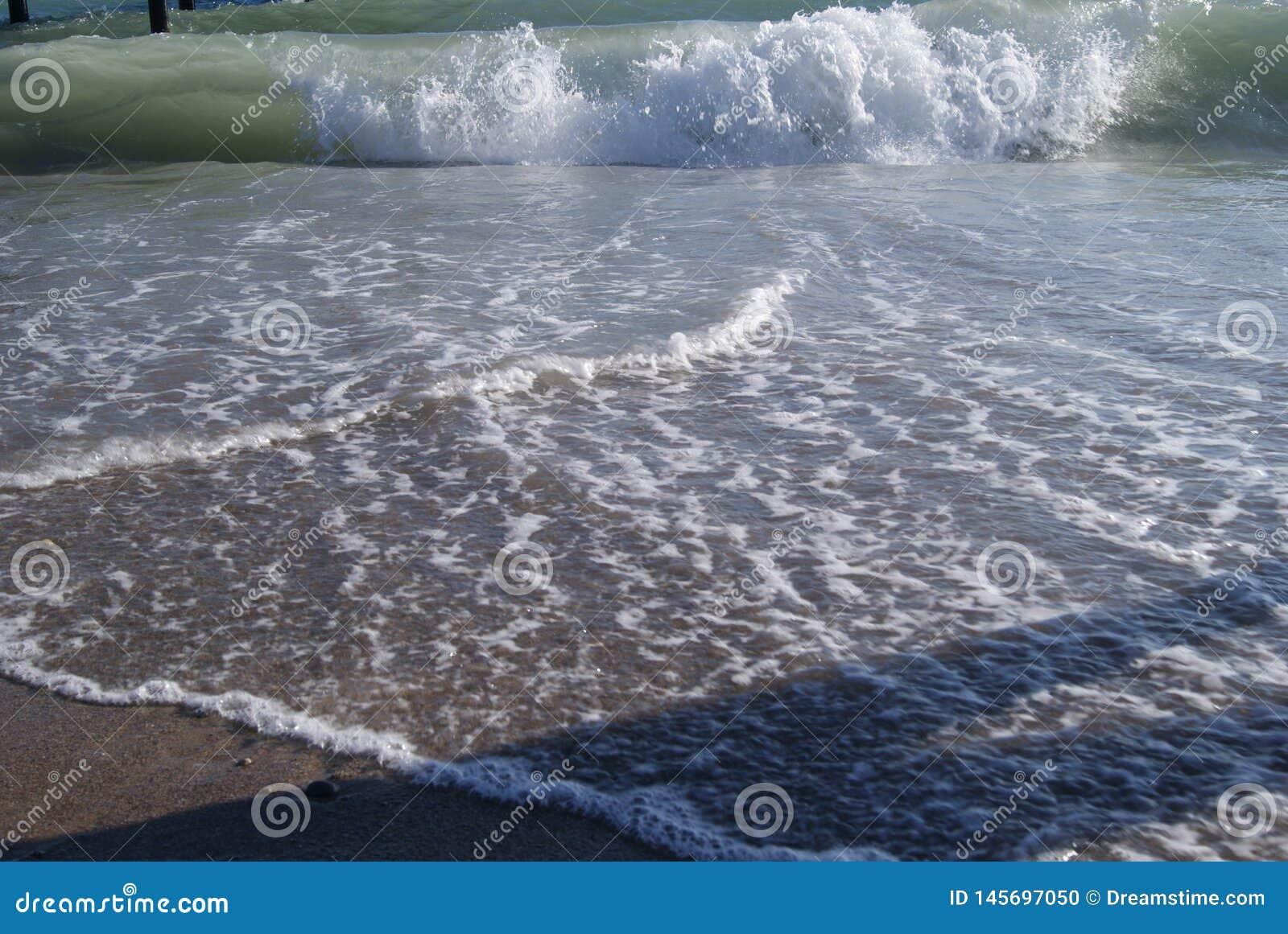 Det Turkiet havet vilar länder var den vita sanden och den blåa waten