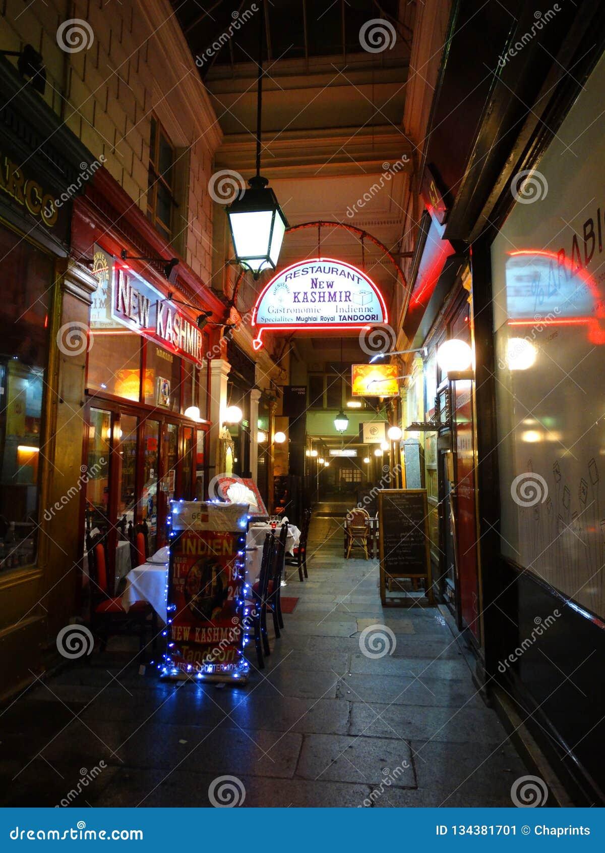 Restaurant Table Terrace In Paris In Paris Europe Editorial Photo Image Of Paris Classic 134381701