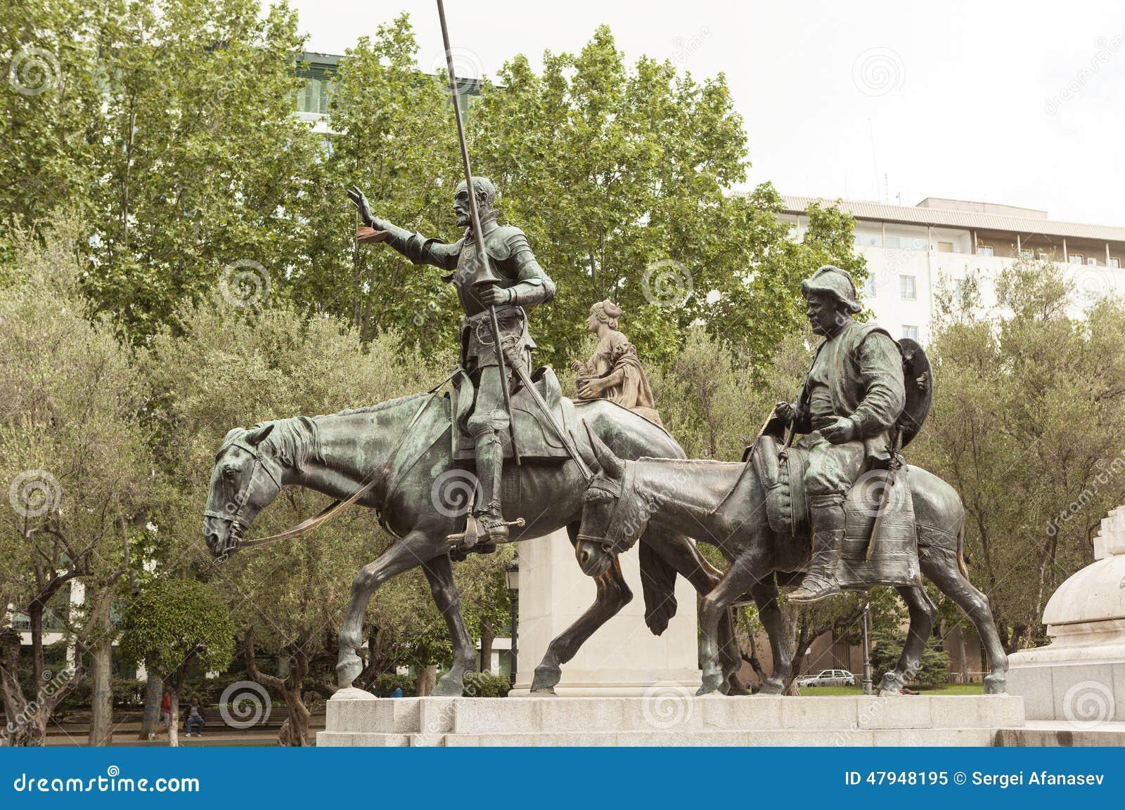 Detail des Monuments zu Cervantes Don Quichote und Sancho Panza madrid spanien