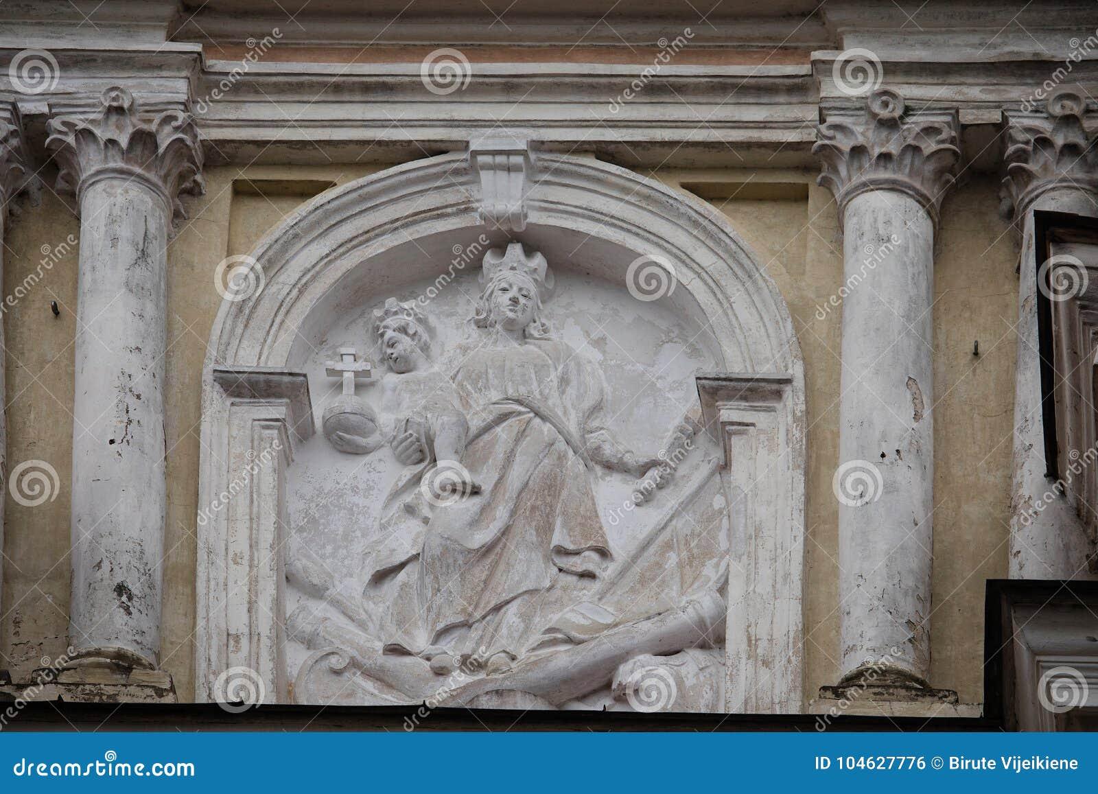Download Detail Van De Kerk Van St Peter En St Paul, Vilnius, Lithuan Stock Foto - Afbeelding bestaande uit art, heilige: 104627776