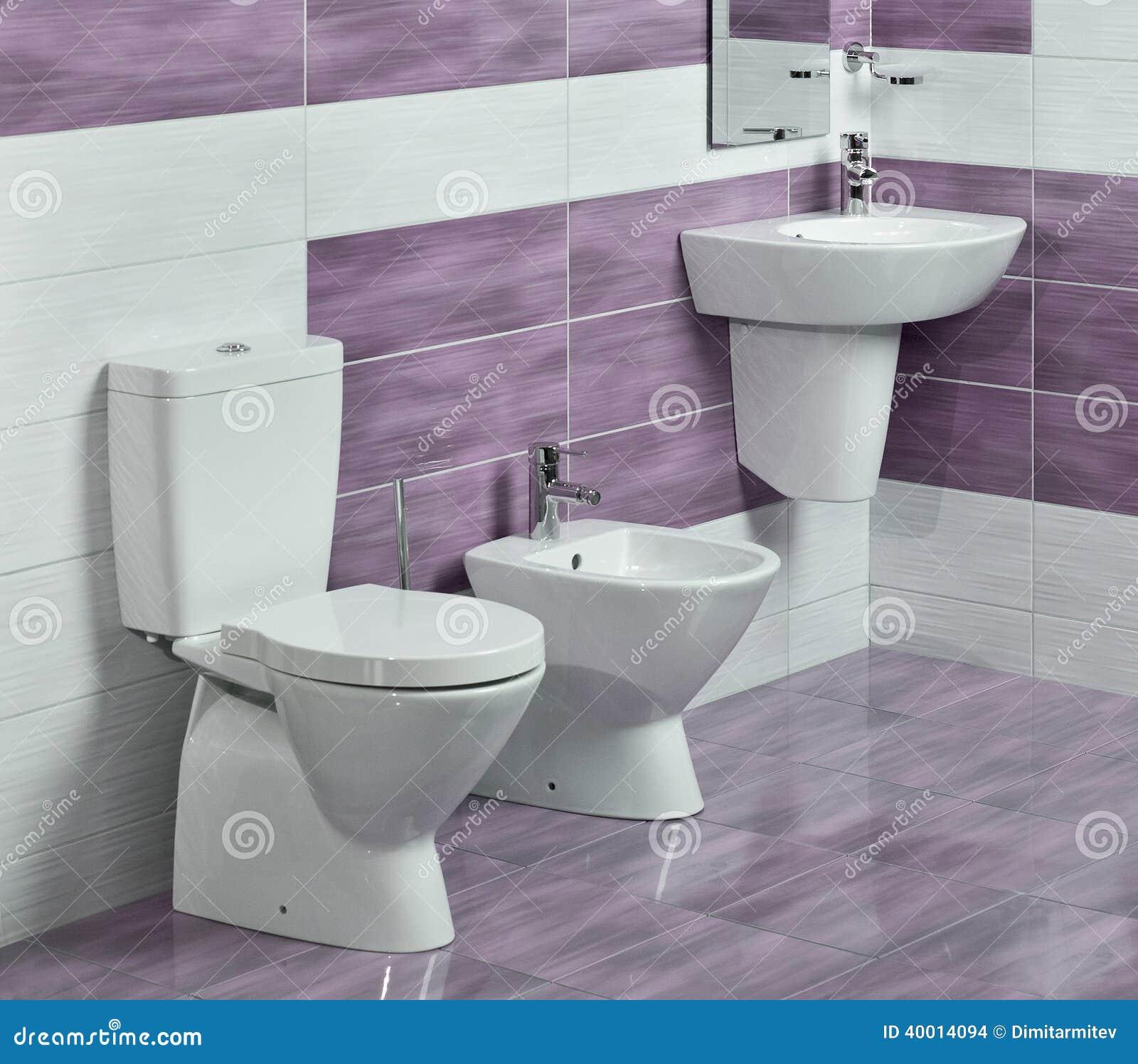 detail van moderne badkamers met gootsteen toilet en bidet stock foto afbeelding 40014094. Black Bedroom Furniture Sets. Home Design Ideas