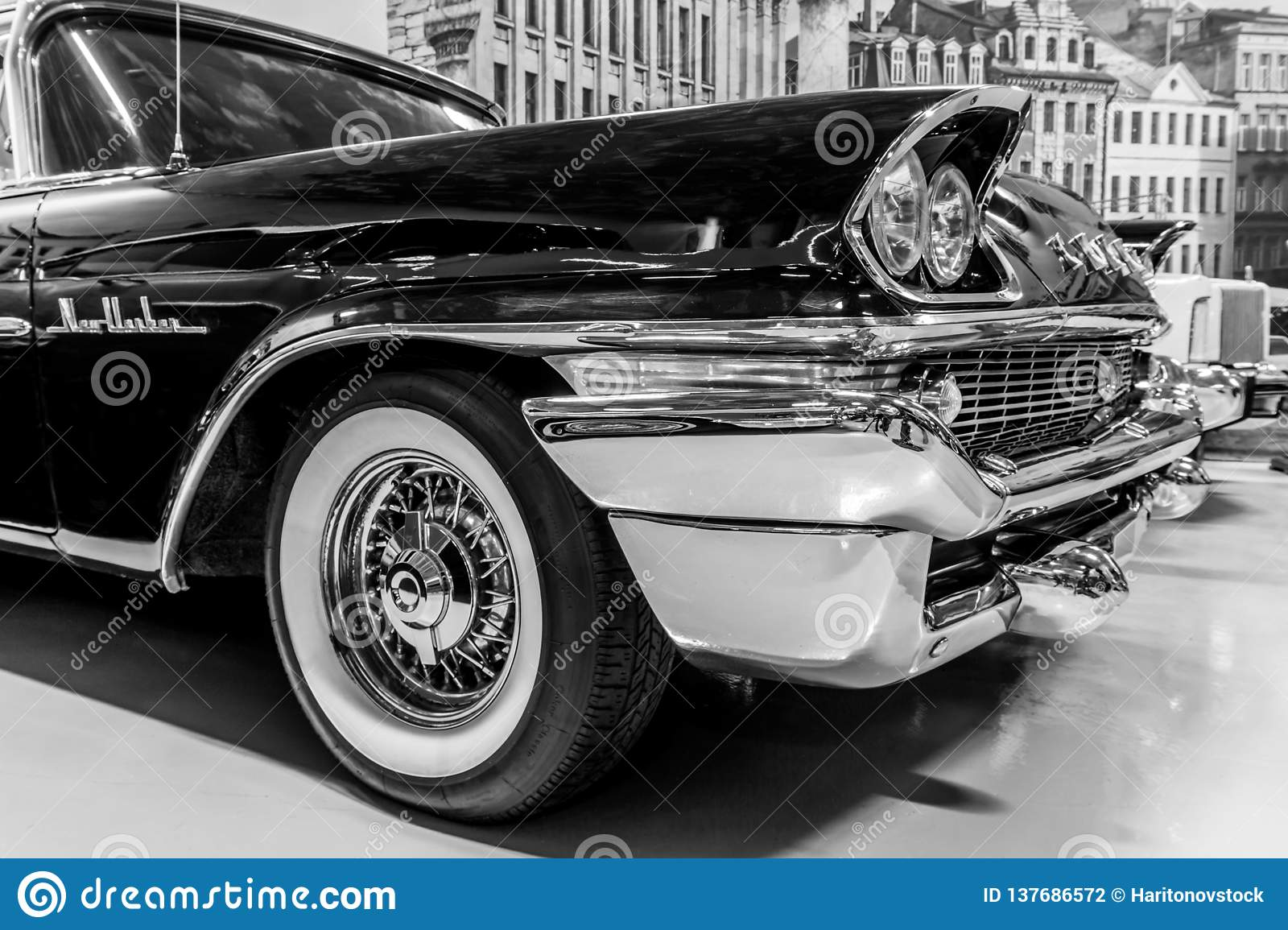 Detail Of A Vintage Luxury Car Editorial Photography Image Of Chrome Detail 137686572
