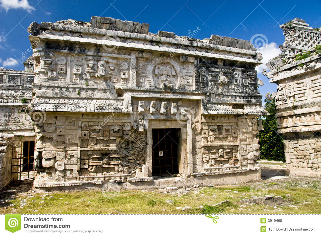 mayan architecture Photo about main mayan temple chichen itza temple in cancun, yucatan area of mexico a prime example of mayan construction image of america, ceremonial, clouds - 5642402.