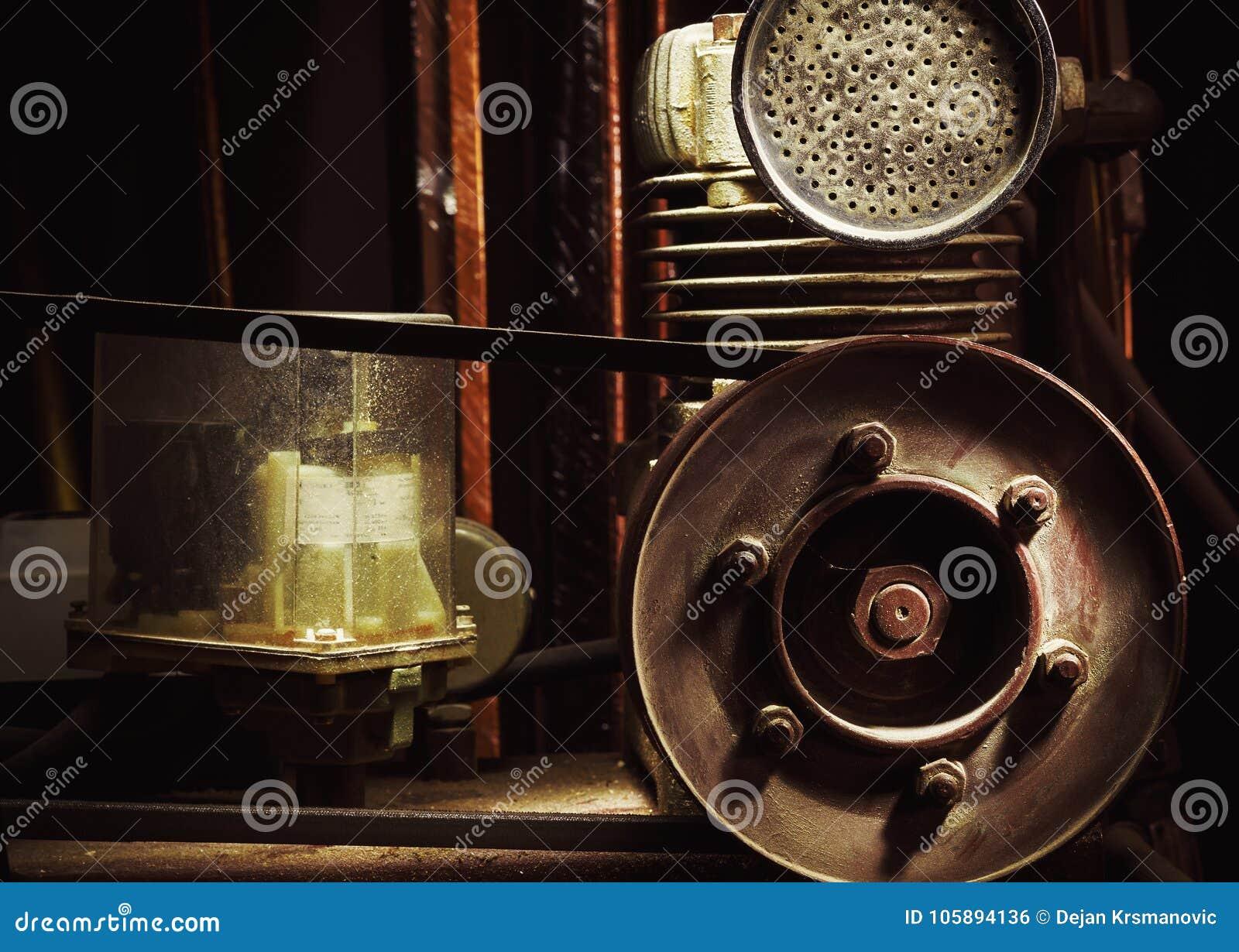 Details van een Oude Compressor