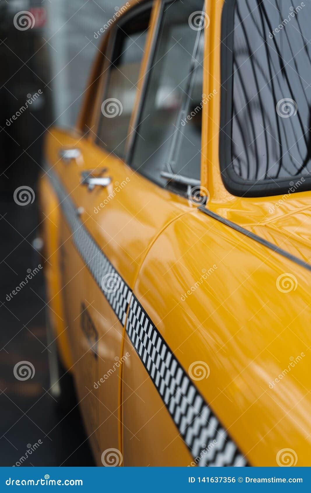 Detalhe amarelo do táxi