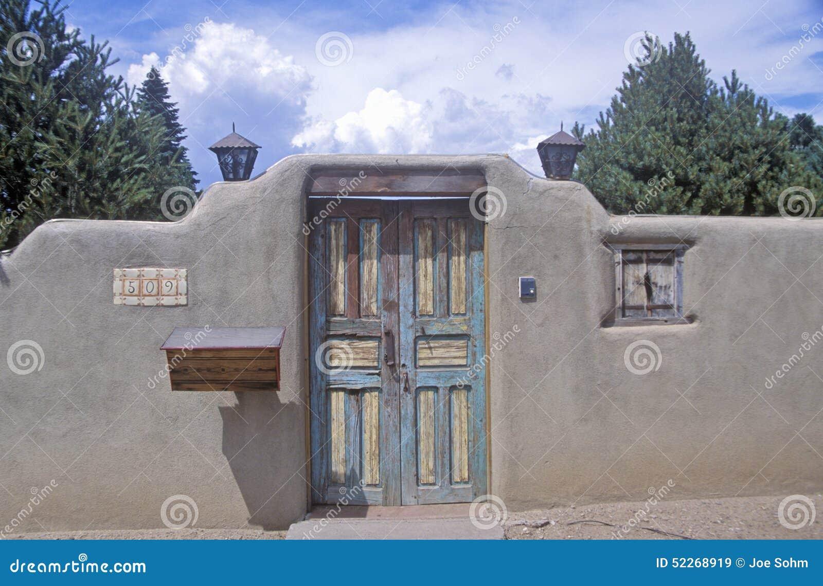 Detalhe de arquitetura do adôbe em Santa Fe, nanômetro